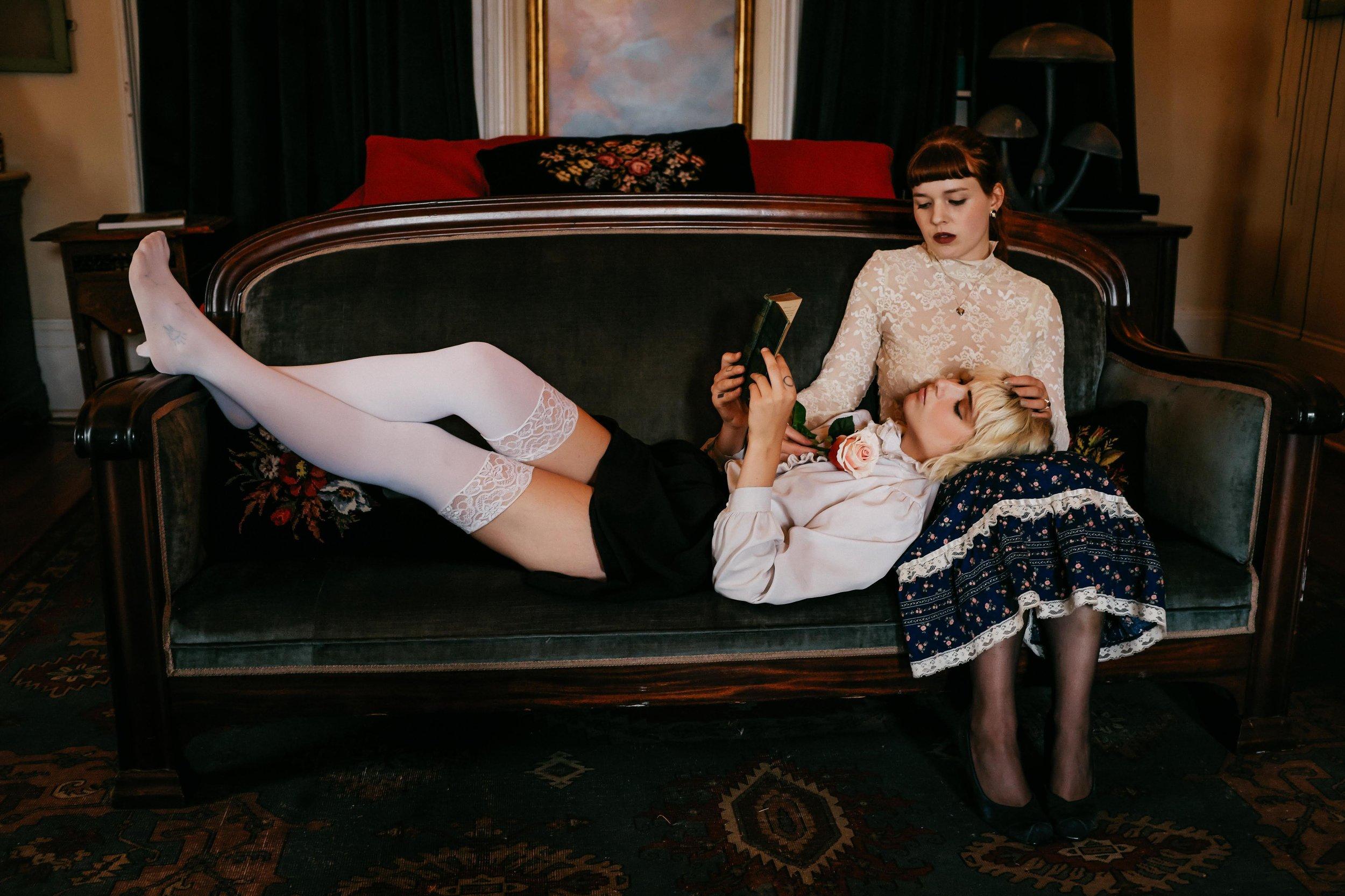 Alison&MadeleinePianoTeacherPhotoset-30.jpg