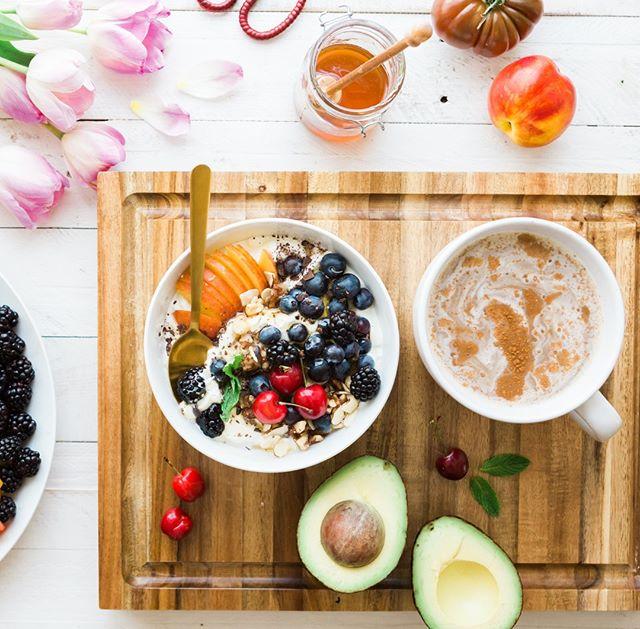 Healthy Breakfast & Cinnamon Coffee. . . . . . pc:BrookeLark #coffee #cafe #love #tea #coffeetime #food #instagood #coffeelover #art #coffeeshop #breakfast #like #photooftheday #happy #follow #goodmorning #instagram #morning #latte #coffeeaddict #coffeelovers