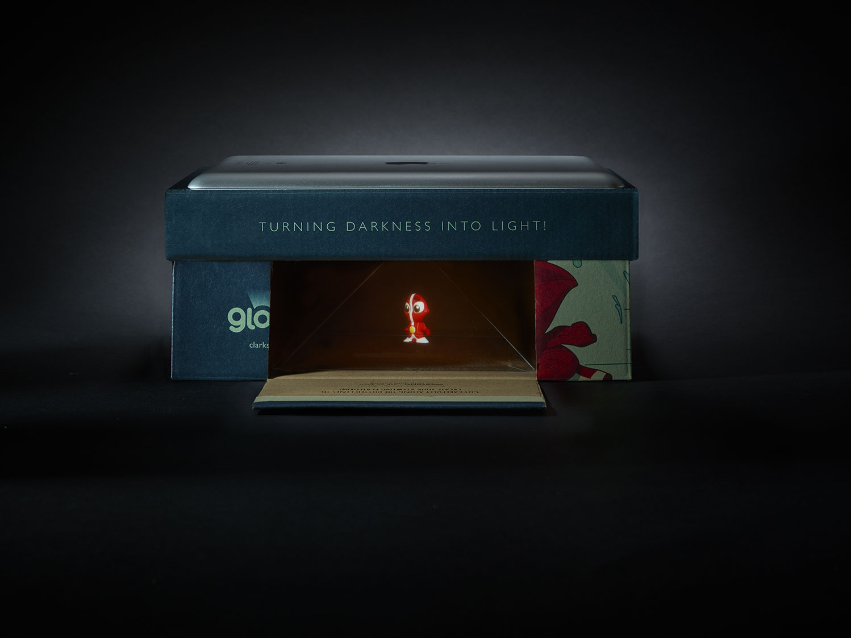 Clarks-Gloforms171380Main-Shot-of-open-box.jpg