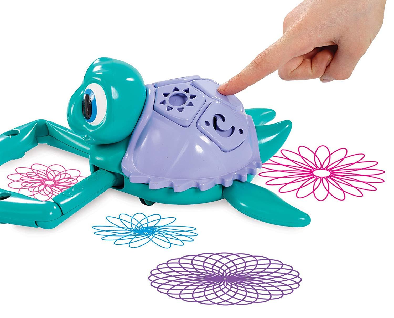Crayola Twirl 'n' Whirl Turtle pressing button.jpg