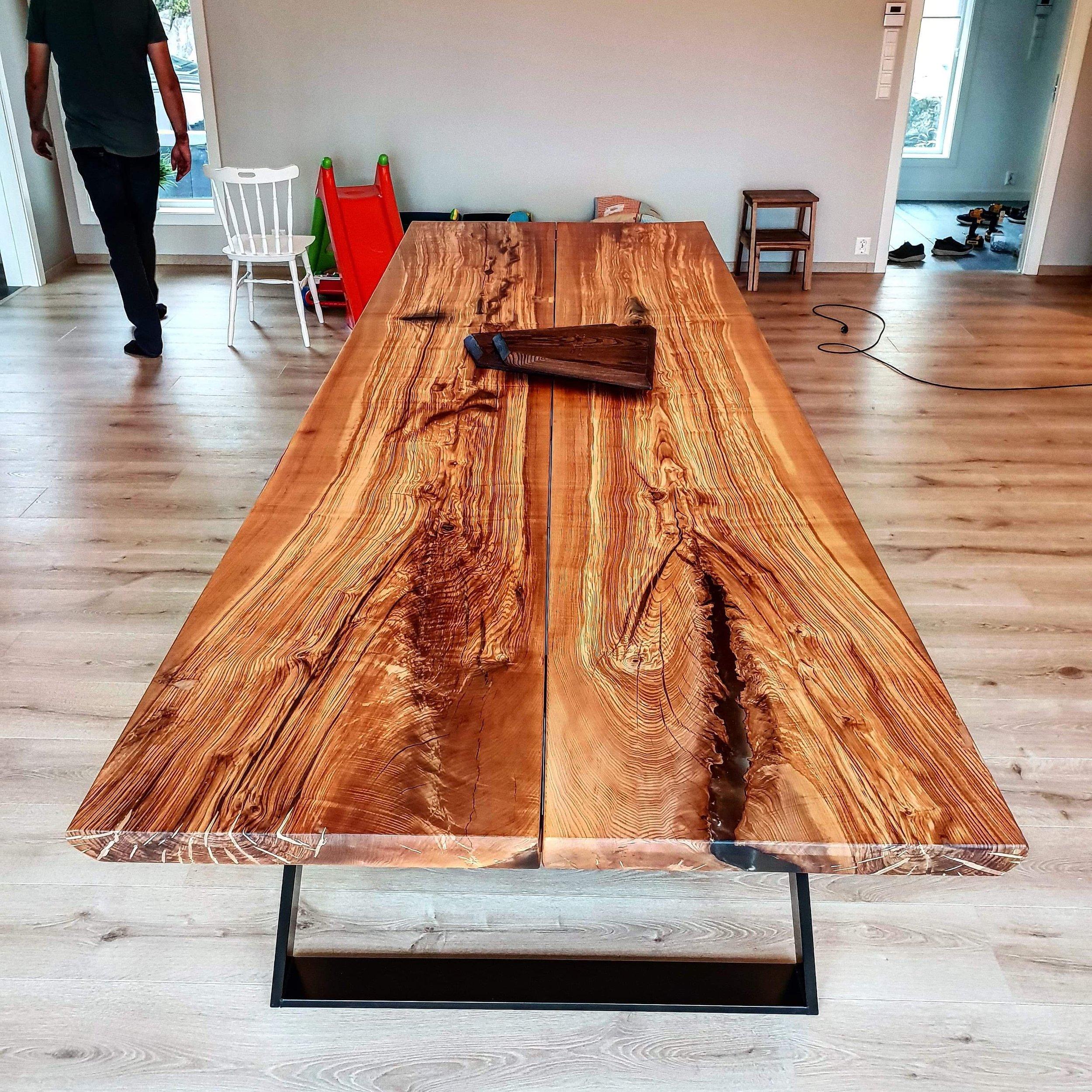 Spisebordet Høvding i Ask