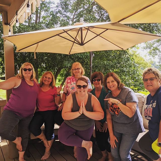 Any Body Yoga's first class in Illinois! Spending time visiting my mom and got to practice with some family and friends on her lovely deck.  #backyardyoga #mchenry #illinois #treepose #yogaforallshapesandsizes #yogaforallages #yogaforall