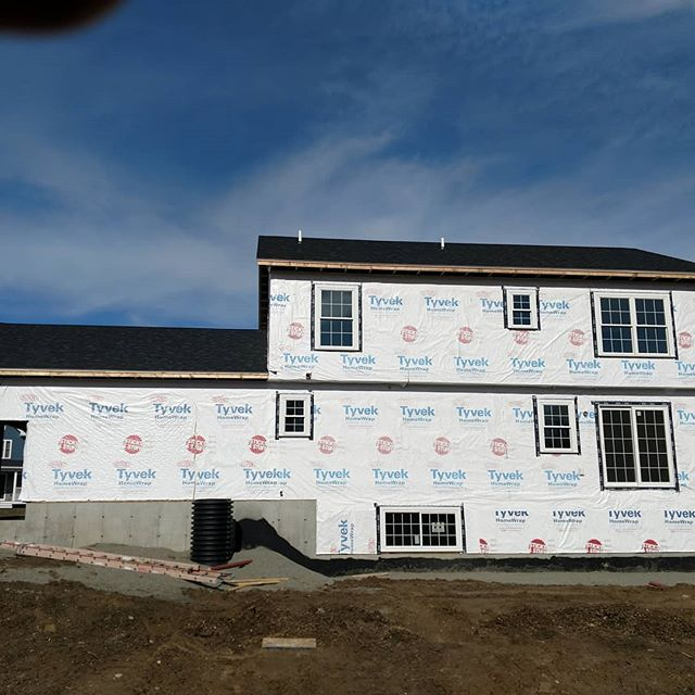 Current spec house under construction on Bittersweet Lane in Jericho