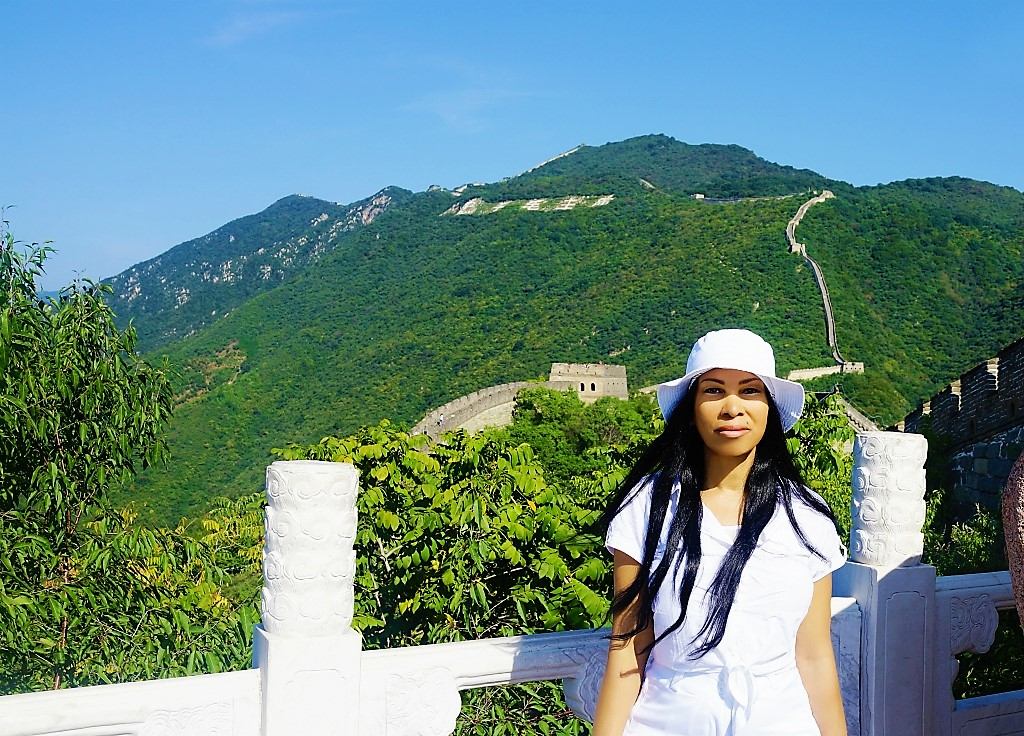 Woni Spotts at the Great Wall of China // All images provided by Spotts