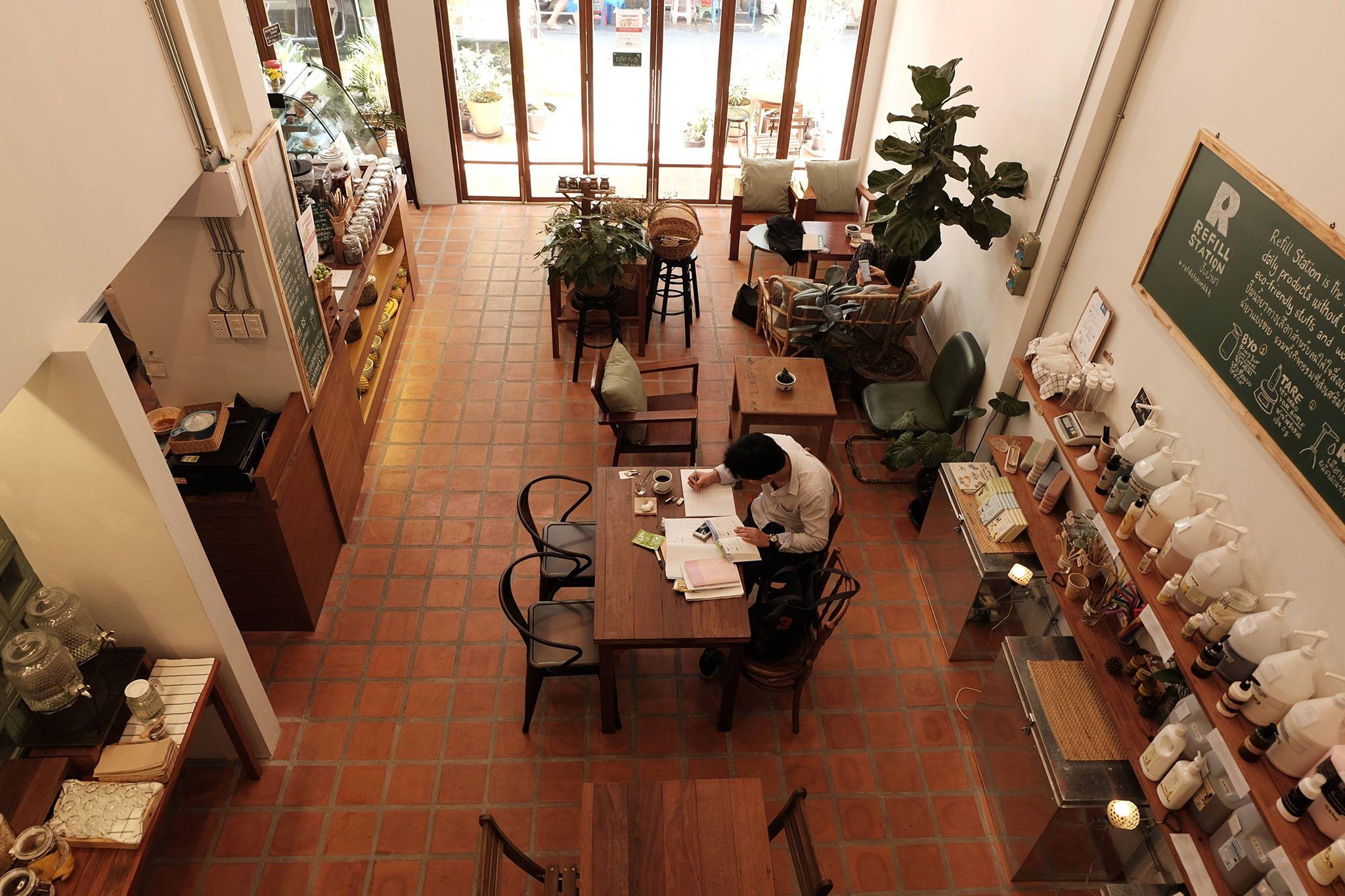 09-Enjoy our cozy eco-friendly cafe.jpg