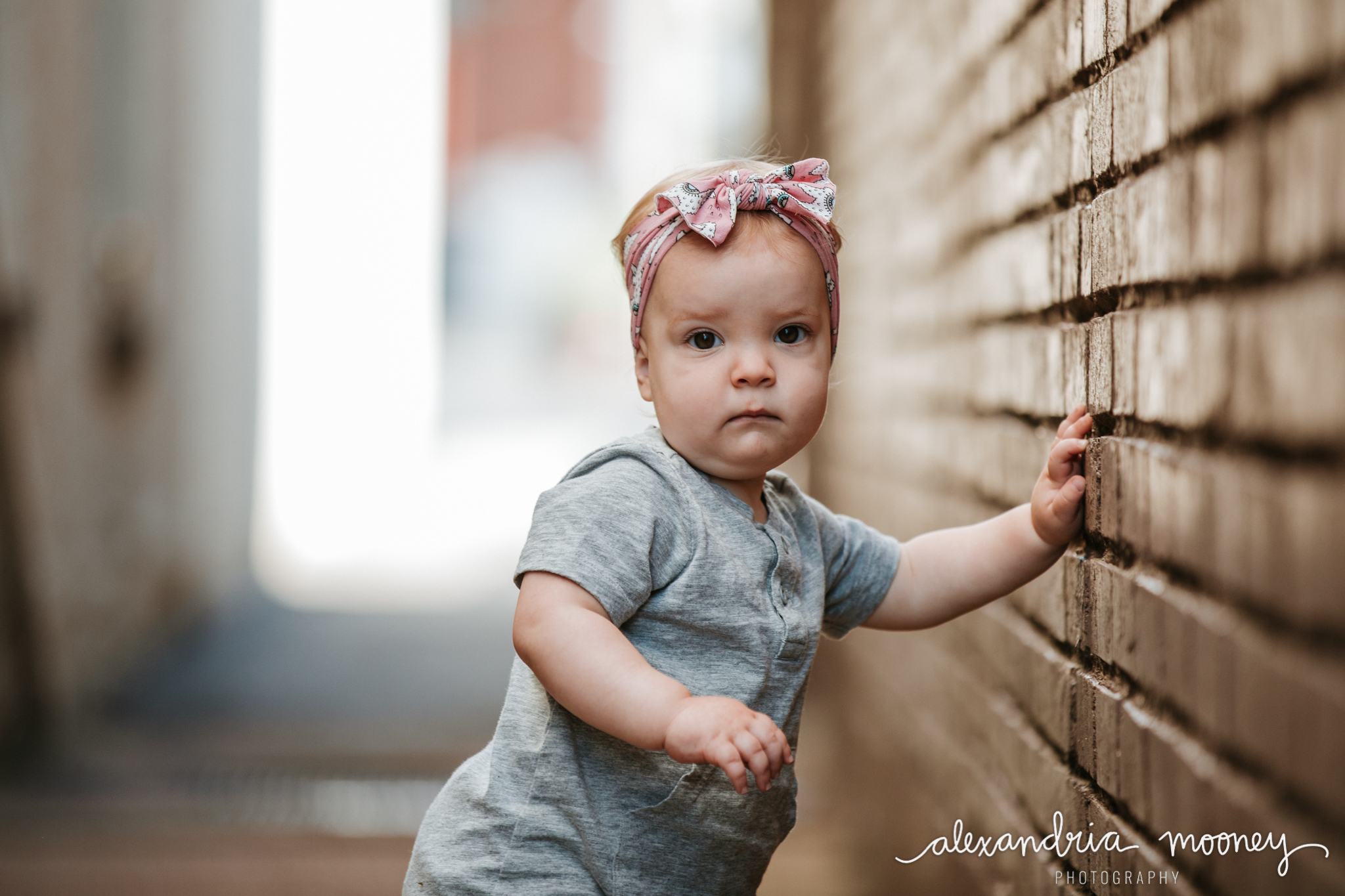 AnnieintheAlley_Watermarked-3.jpg