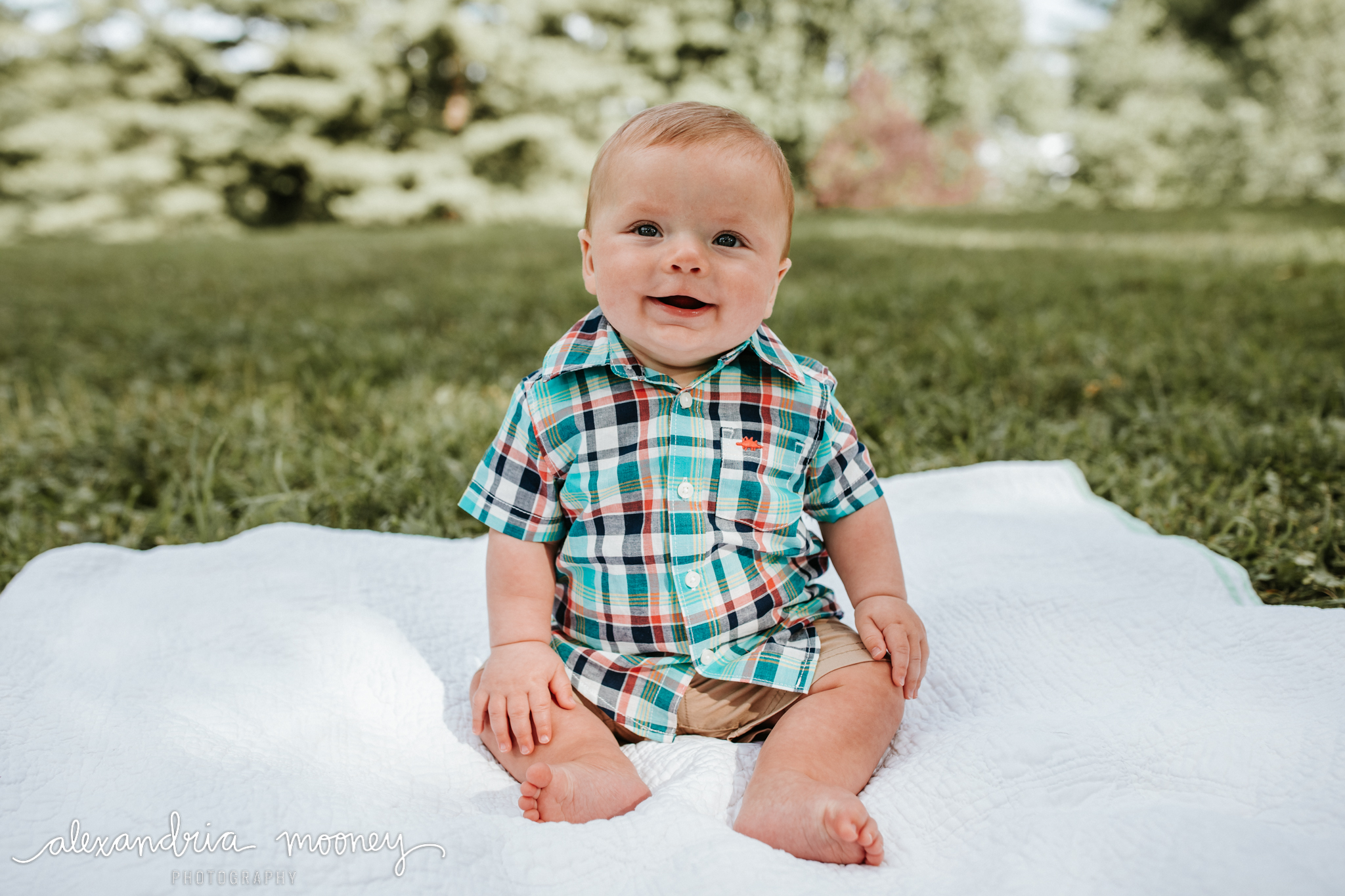 Connor_6monthsold_WATERMARKED-12.jpg