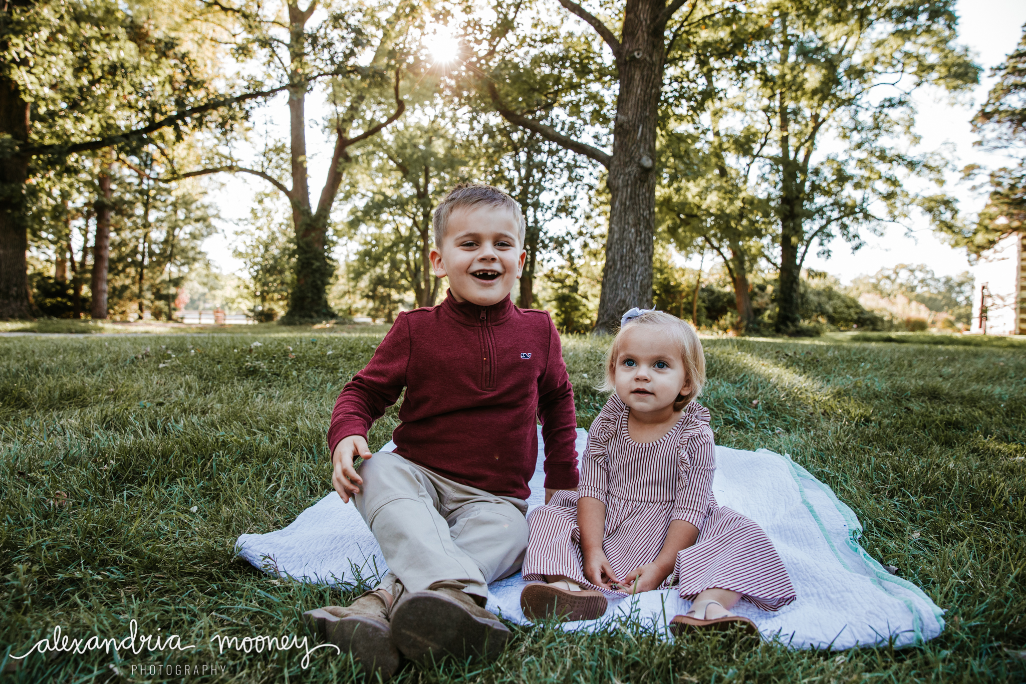 Carter_and_Evelyn_WATERMARKED-22.jpg
