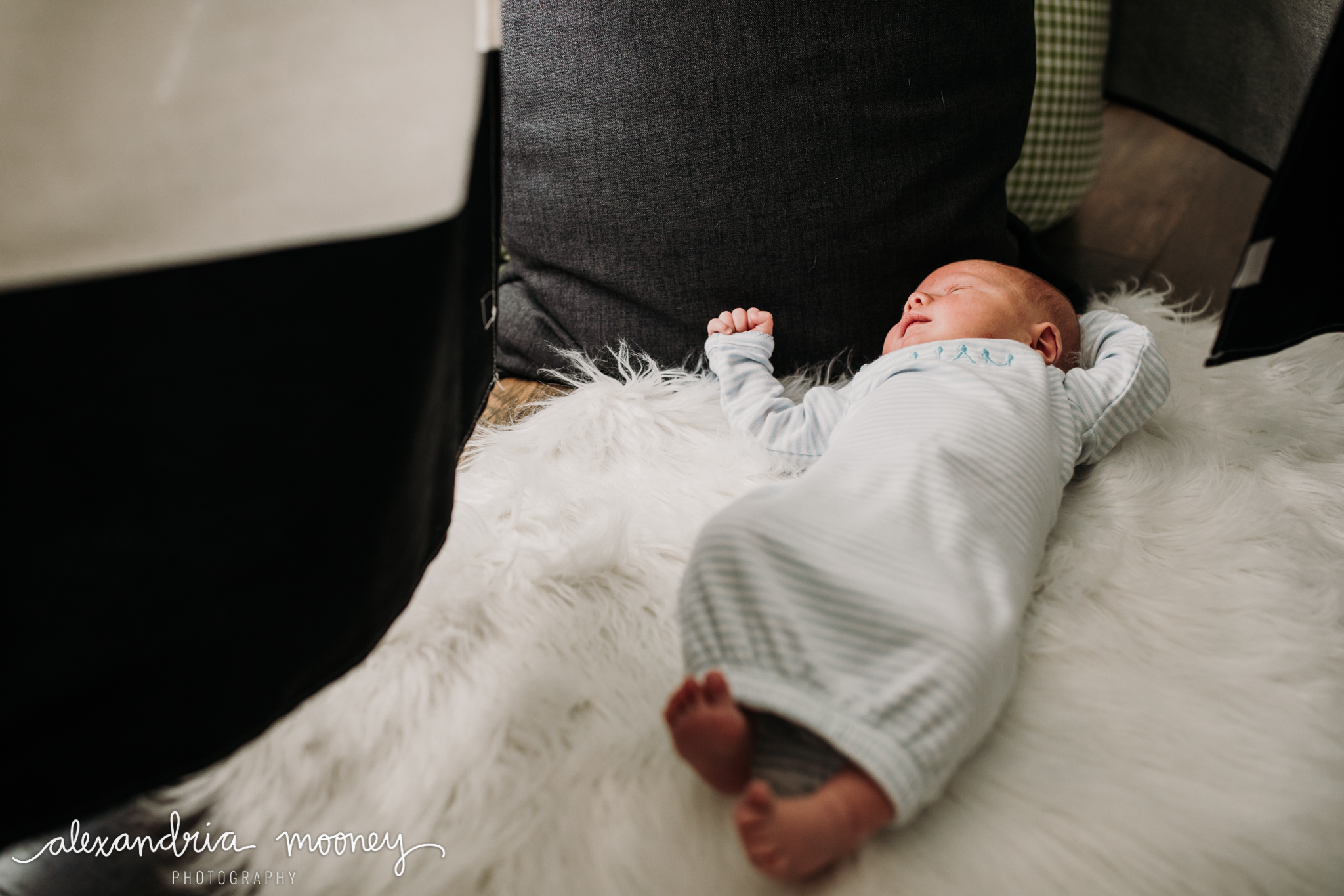 Liam_Newborn_watermarked-20.jpg