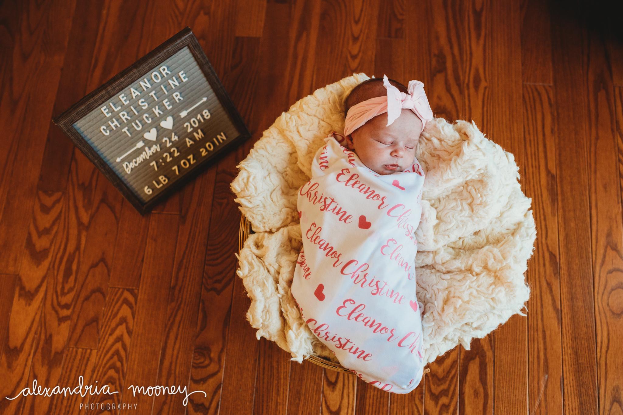 Eleanor_Newborn_WATERMARKED-18.jpg