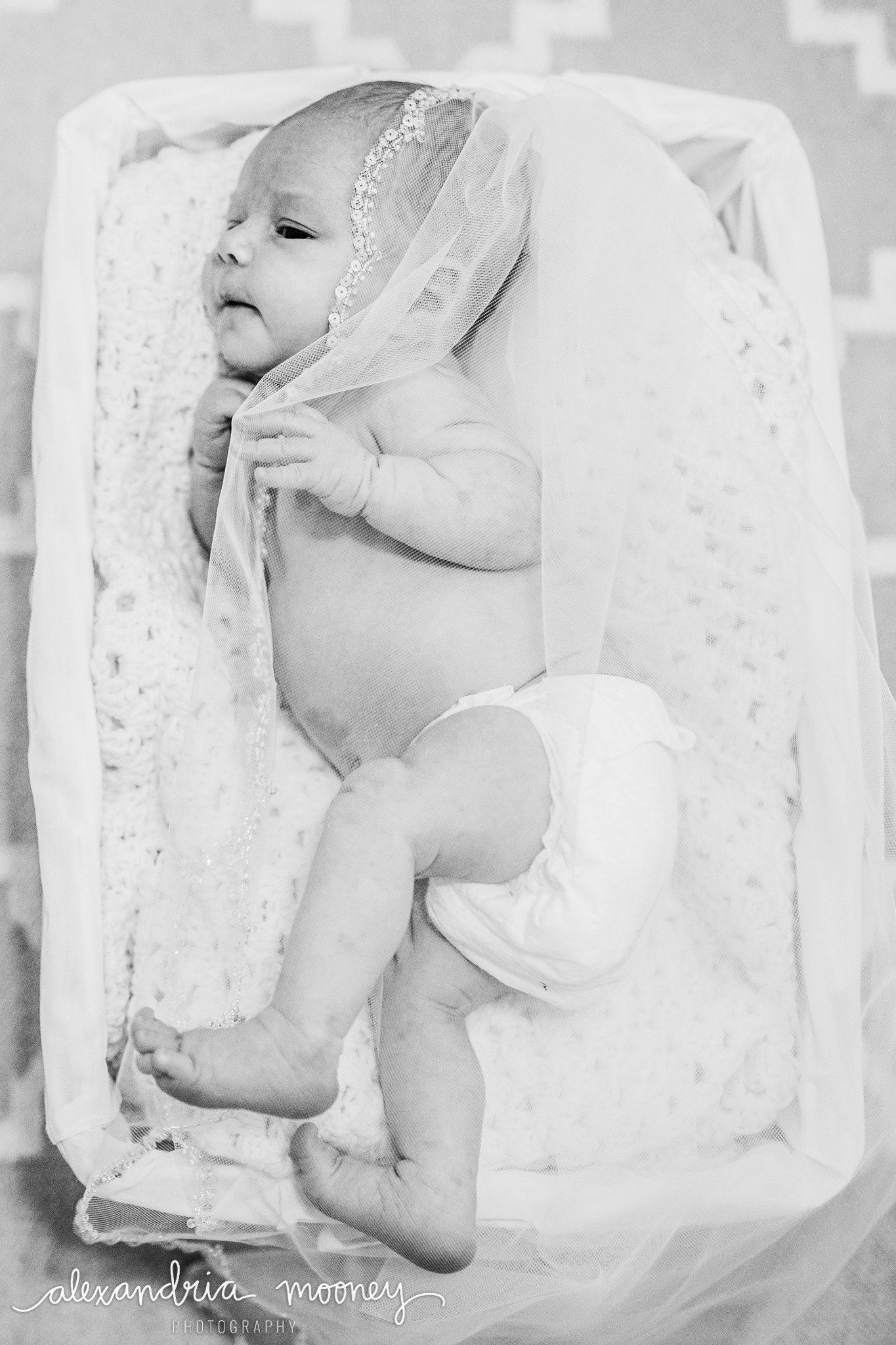 Eleanor_Newborn_WATERMARKED-28.jpg