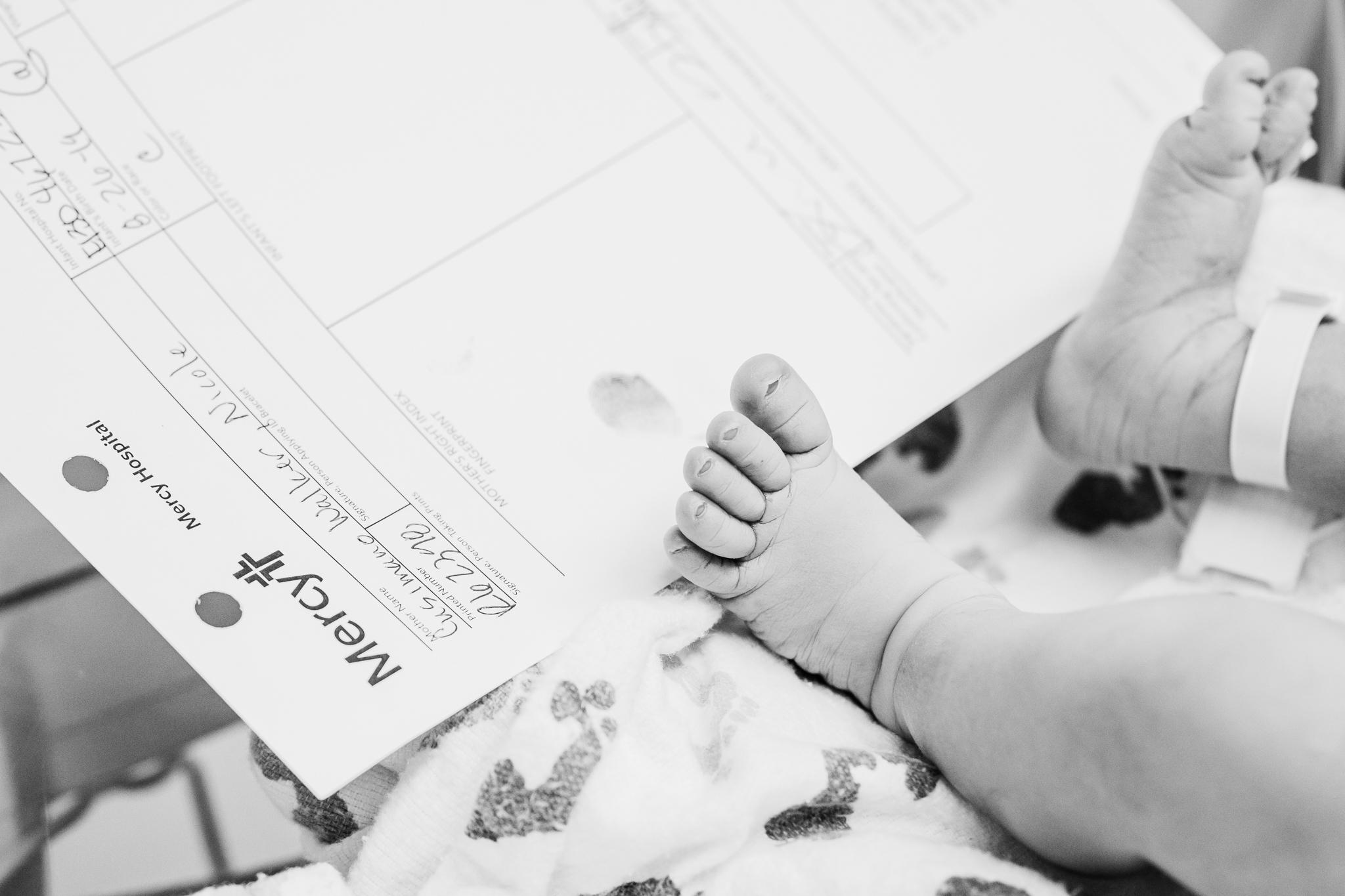 Isabella_BirthStory_SMALL-39.jpg