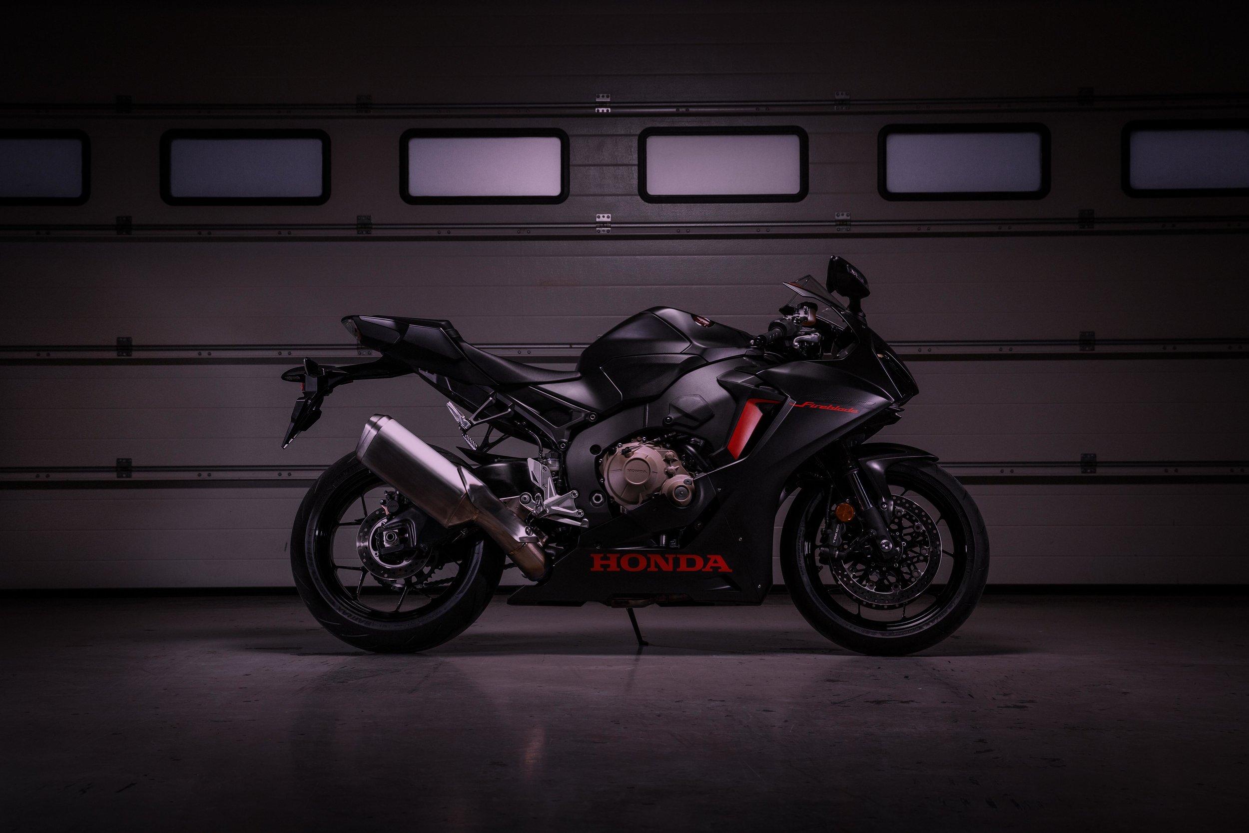 Honda CBR1000RR YM17 4209.jpg
