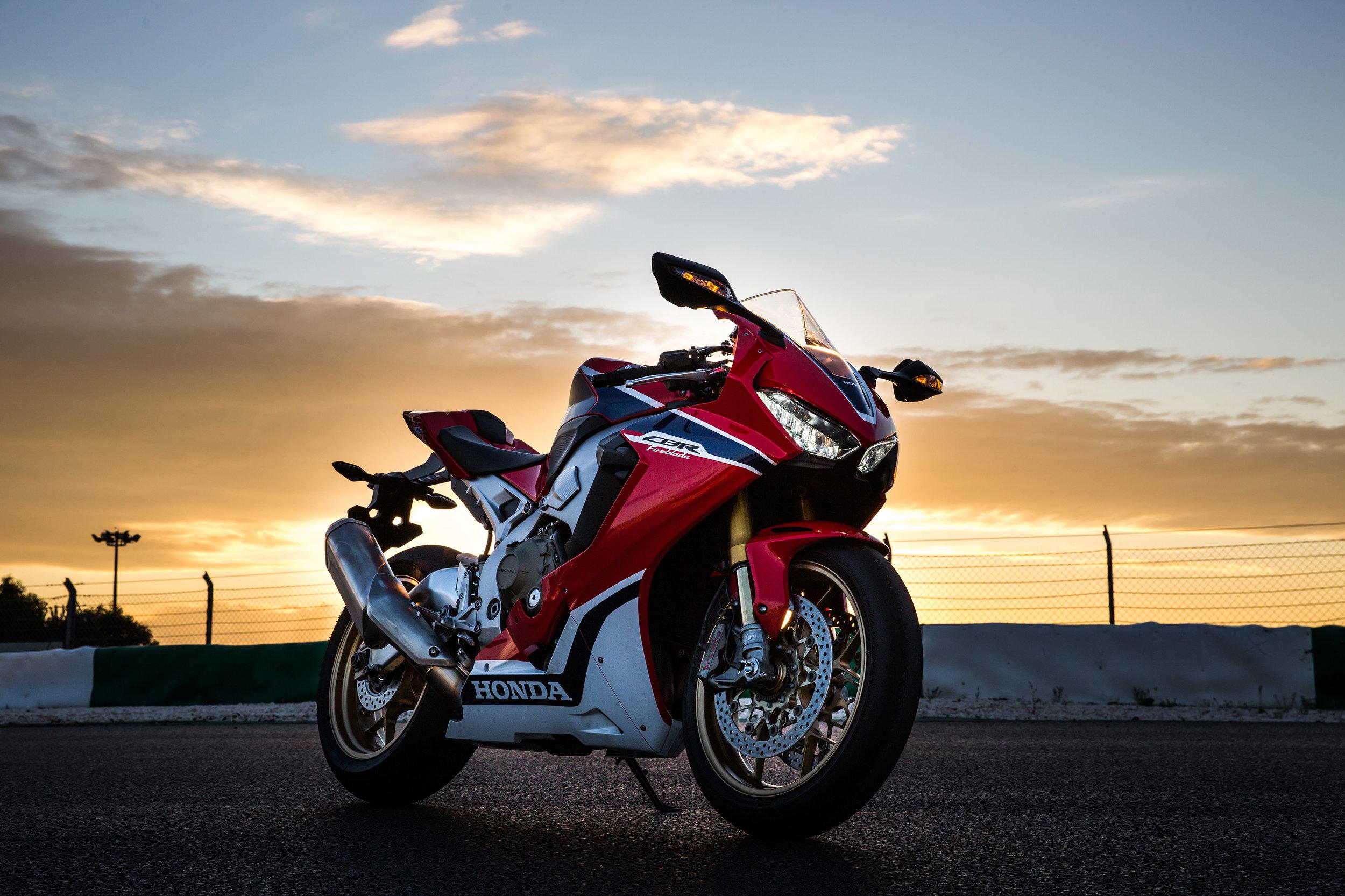 Honda CBR1000RR YM17 4211.jpg