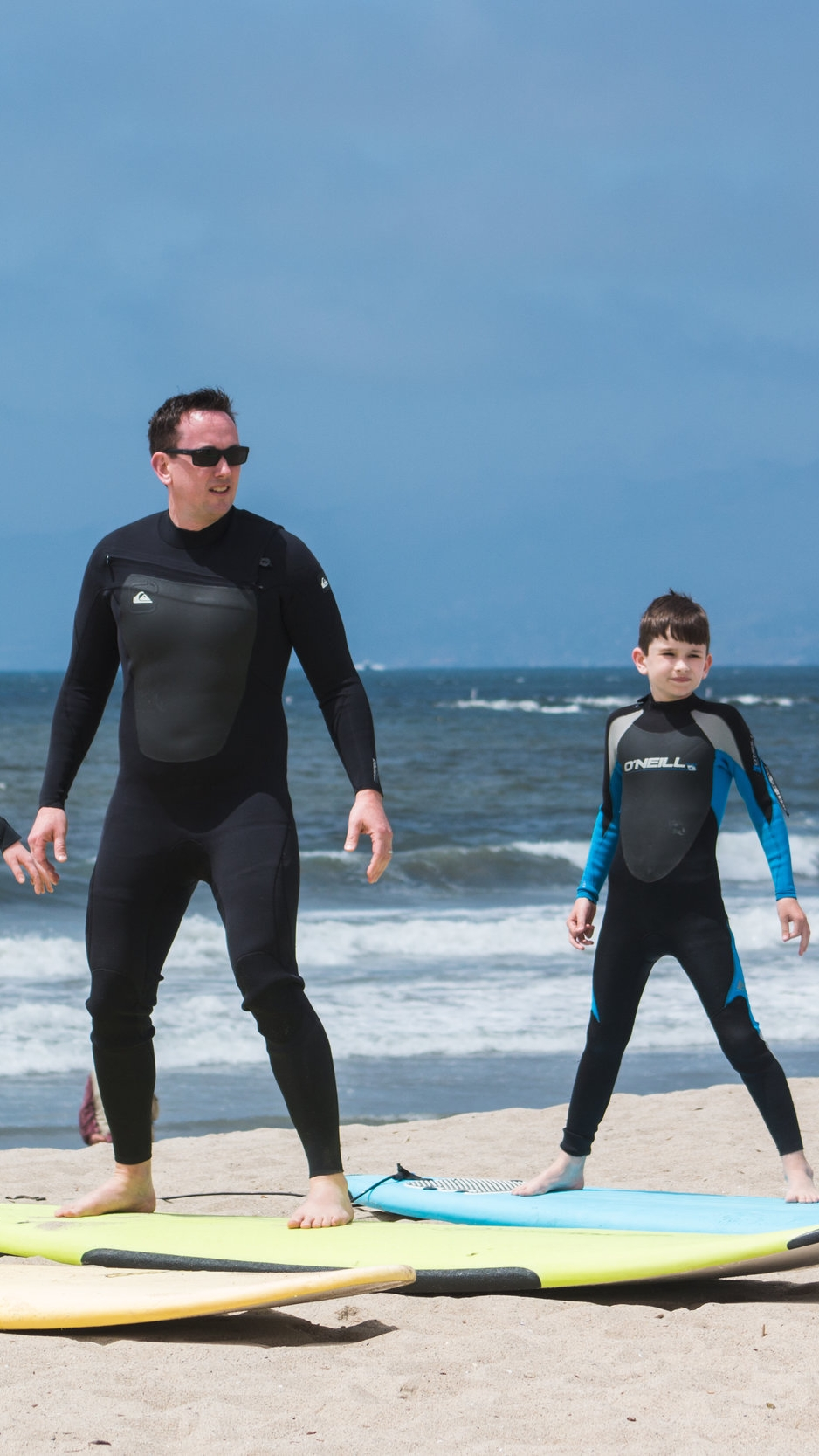 FAMILY DEALS - We tailor a great surfing experience for your family.