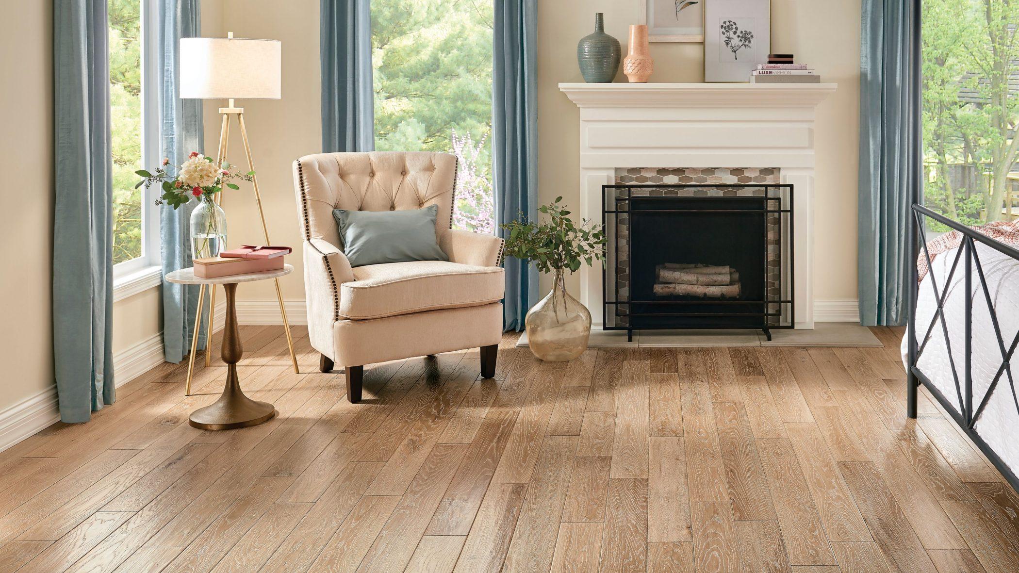 Oak Solid Hardwood - Natural Attraction.jpg