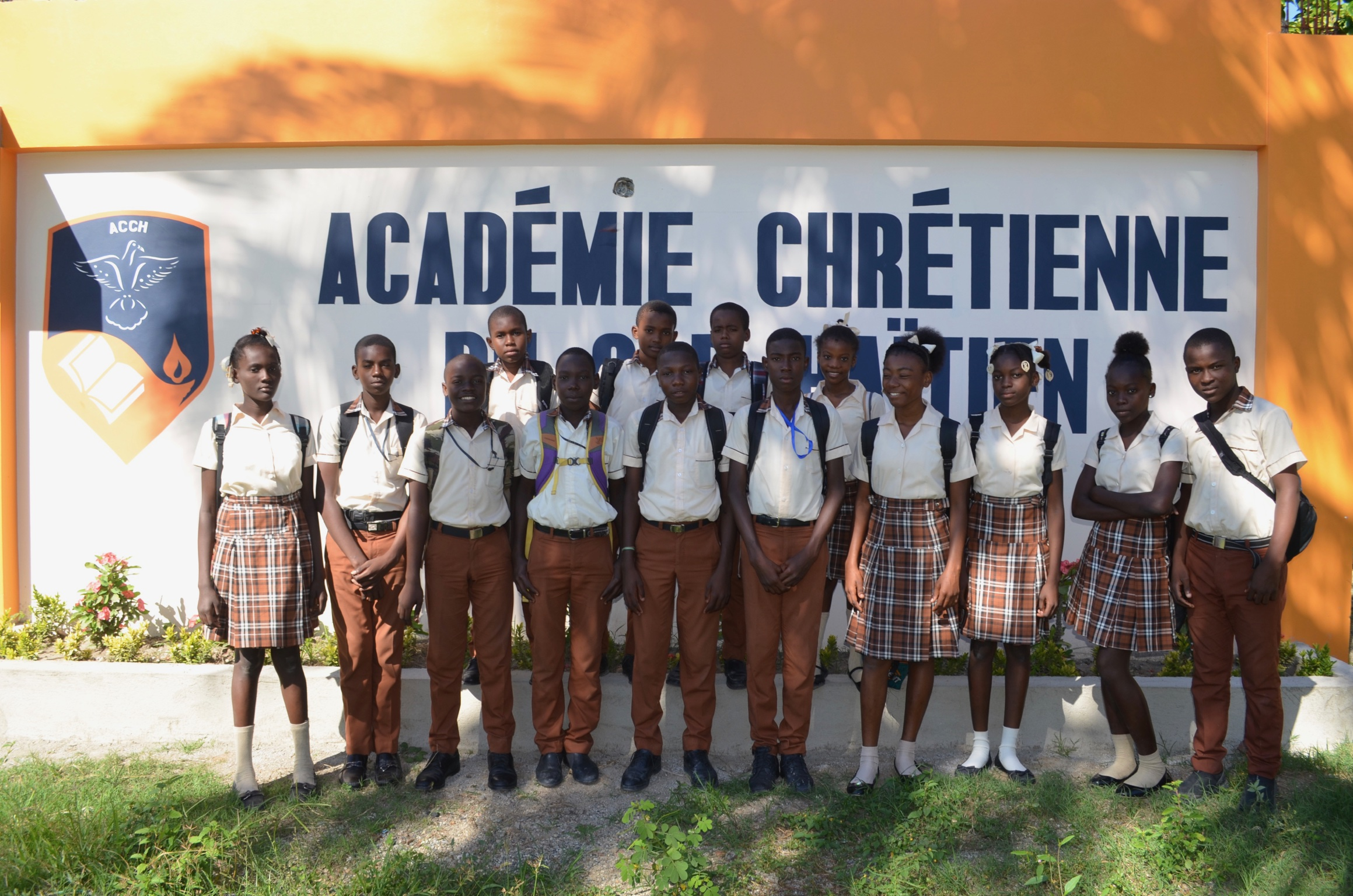 School Construction - Pastor Frantz Lisma has financed and constructed the majority of the school building. It is the desire of the Deep River Mission to help support the completion of this project.