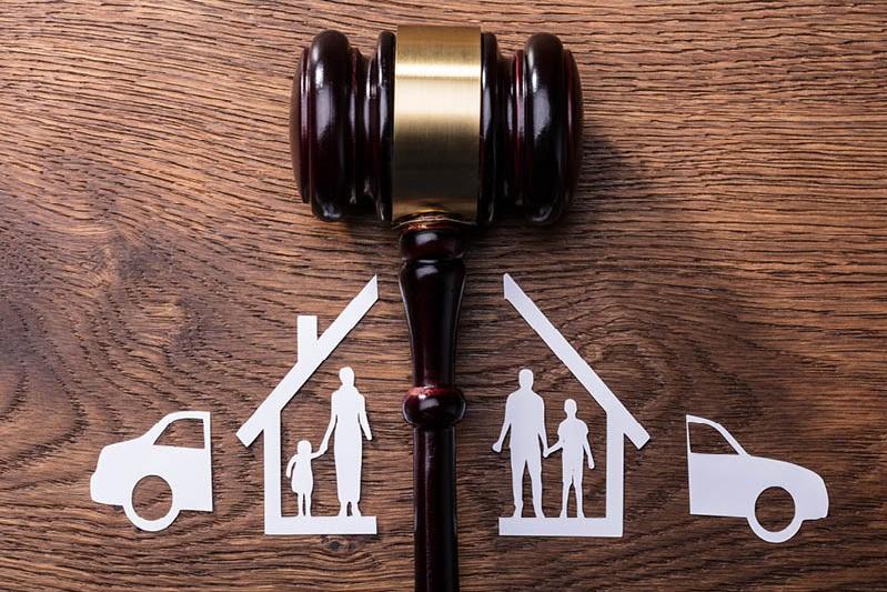 Family+Law+Gavel-Property.jpg