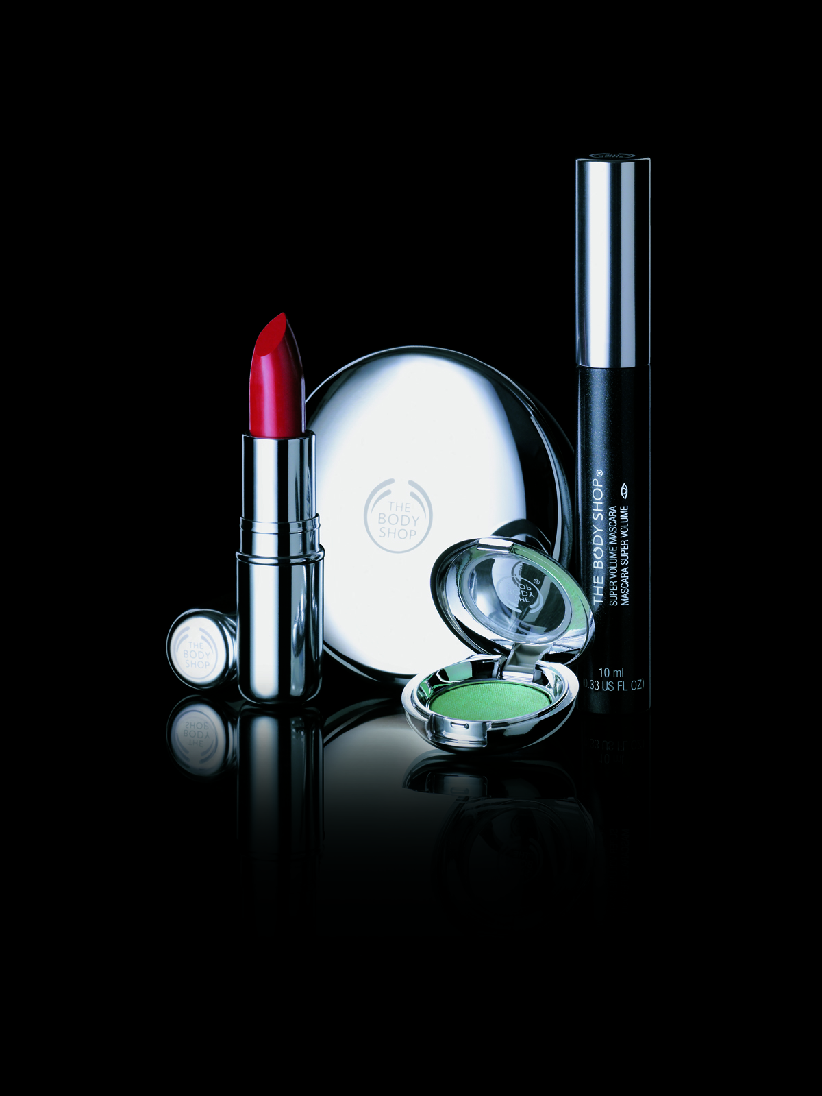 THE BODY SHOP, COMPLETE MAKE OVER OF THE MAKE UP RANGE.