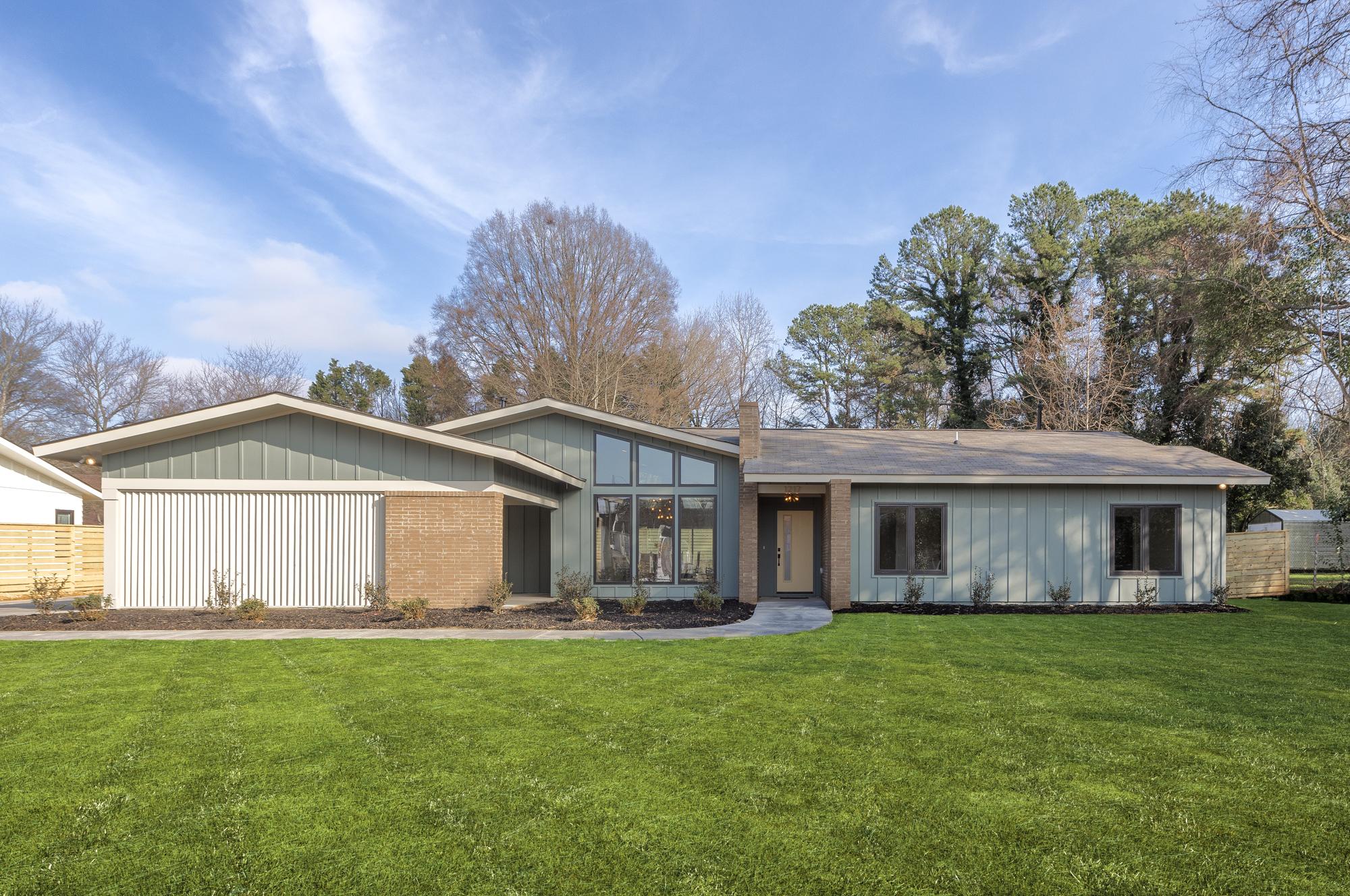 Charlotte-NC-Midcentury-Modern-Atomic-Ranch-New-Construction-Williams Farrow Builders