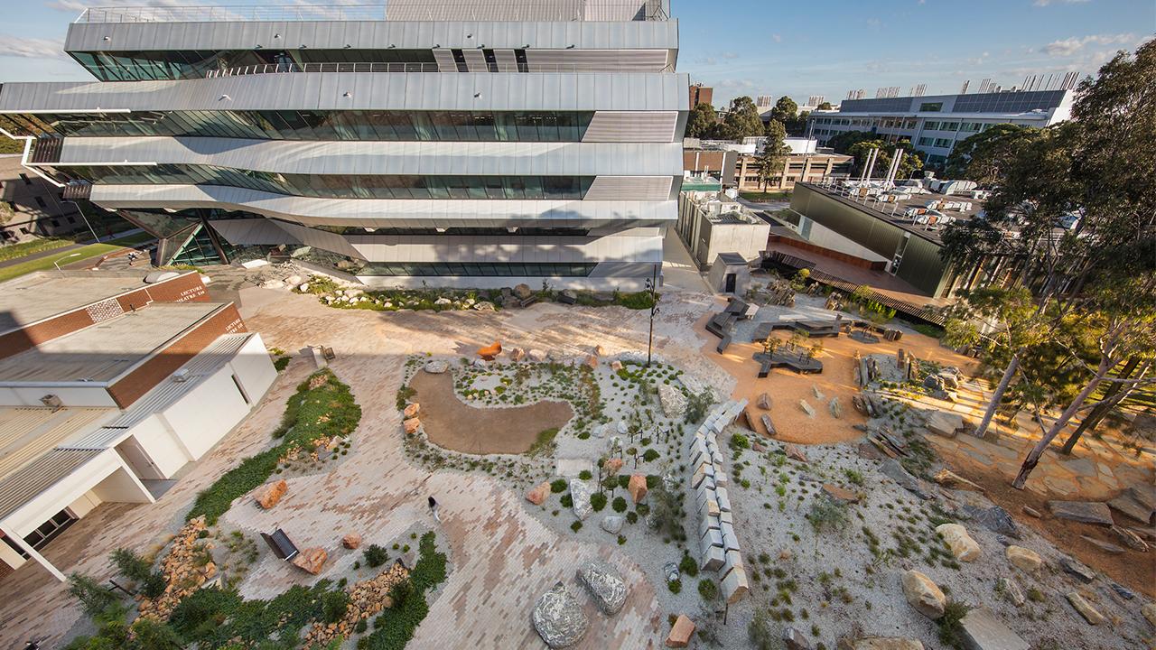 03-Earth Sciences Garden-John Gollings MASTER.jpg