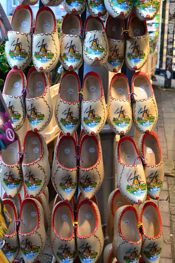 Dutch Shoes Thumbnail.jpg