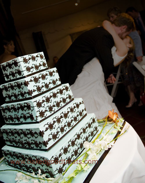 "Amanda's ""white"" cake"