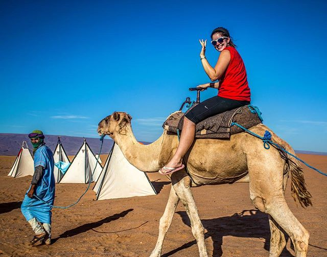 Happy Hump Day 🐪 Throw back to one of our trekkers opting for local transport in the Sahara Desert 🌵 🇲🇦👋🏼 #challenge #desert #sahara #morocco #camel #hump #humpday #wednesday #travel #experience #outdoor #trek #animals #camping #justchallenge #inthistogether