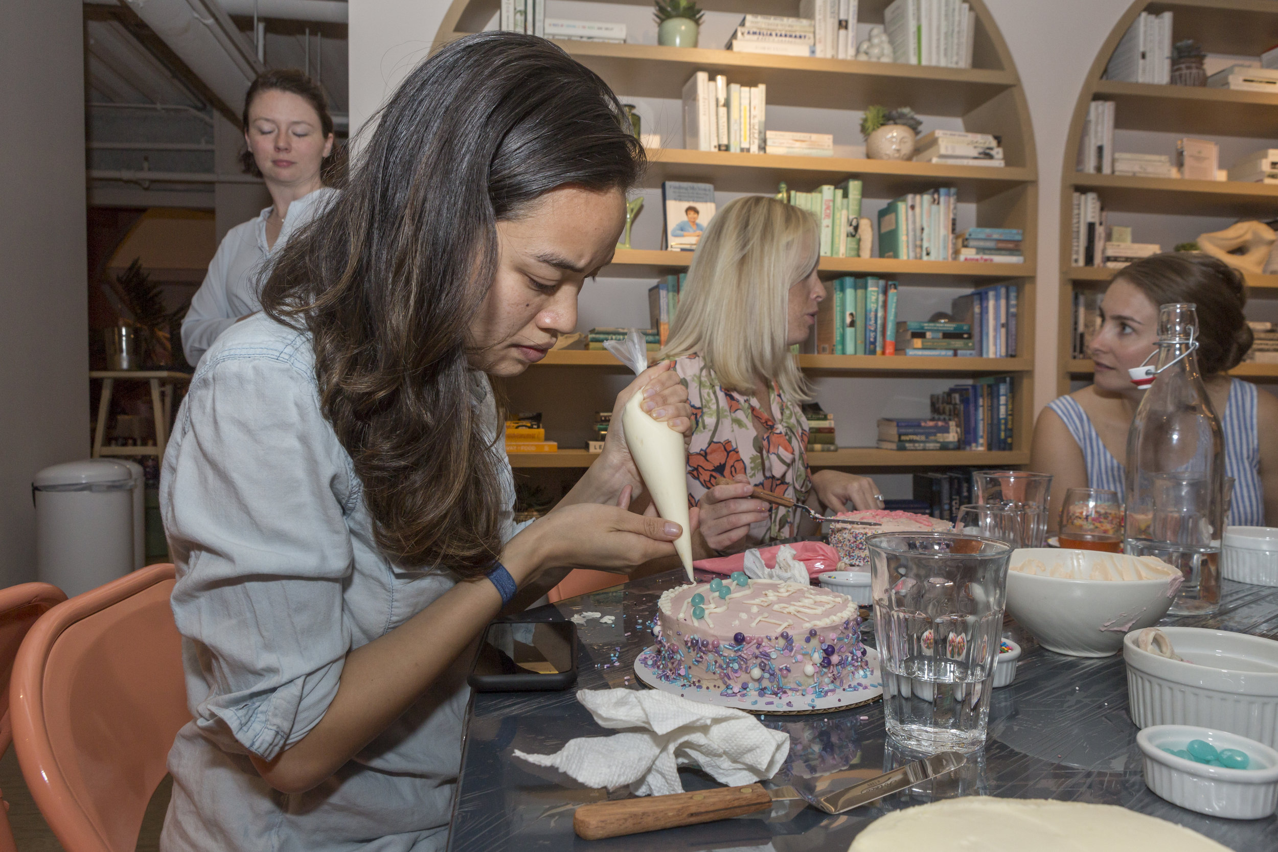 The Wing-Cake Decorating-09232019-53.jpg