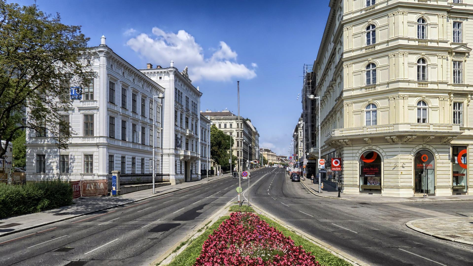 vienna-171444_1920.jpg