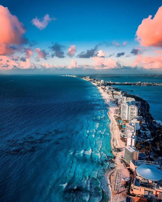 Cancún, a Mexican city on the Yucatán Peninsula bordering the Caribbean Sea, is known for its beaches, numerous resorts and nightlife. It's composed of 2 distinct areas: the more traditional downtown area, El Centro, and Zona Hotelera, a long, beachfront strip of high-rise hotels, nightclubs, shops and restaurants. Cancun is also a famed destination for students during universities' spring break period. . Want to go there? Call us today at 305-888-7738. . #cancunmexico #cancunallinclusive #cancunvacations #cancunhotels #cancunmexicovacations . Vid by @tavoyaqui on IG