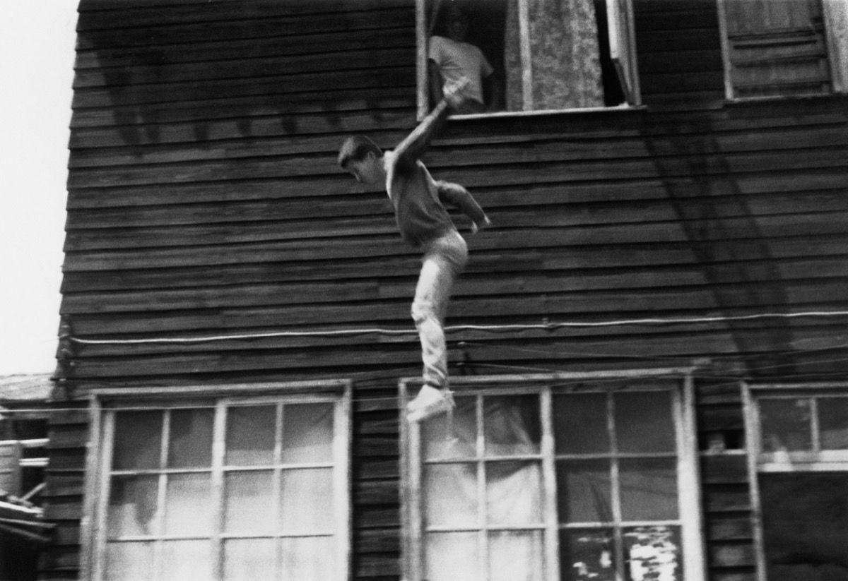 Jump Piece , Tehching Hsieh 1973