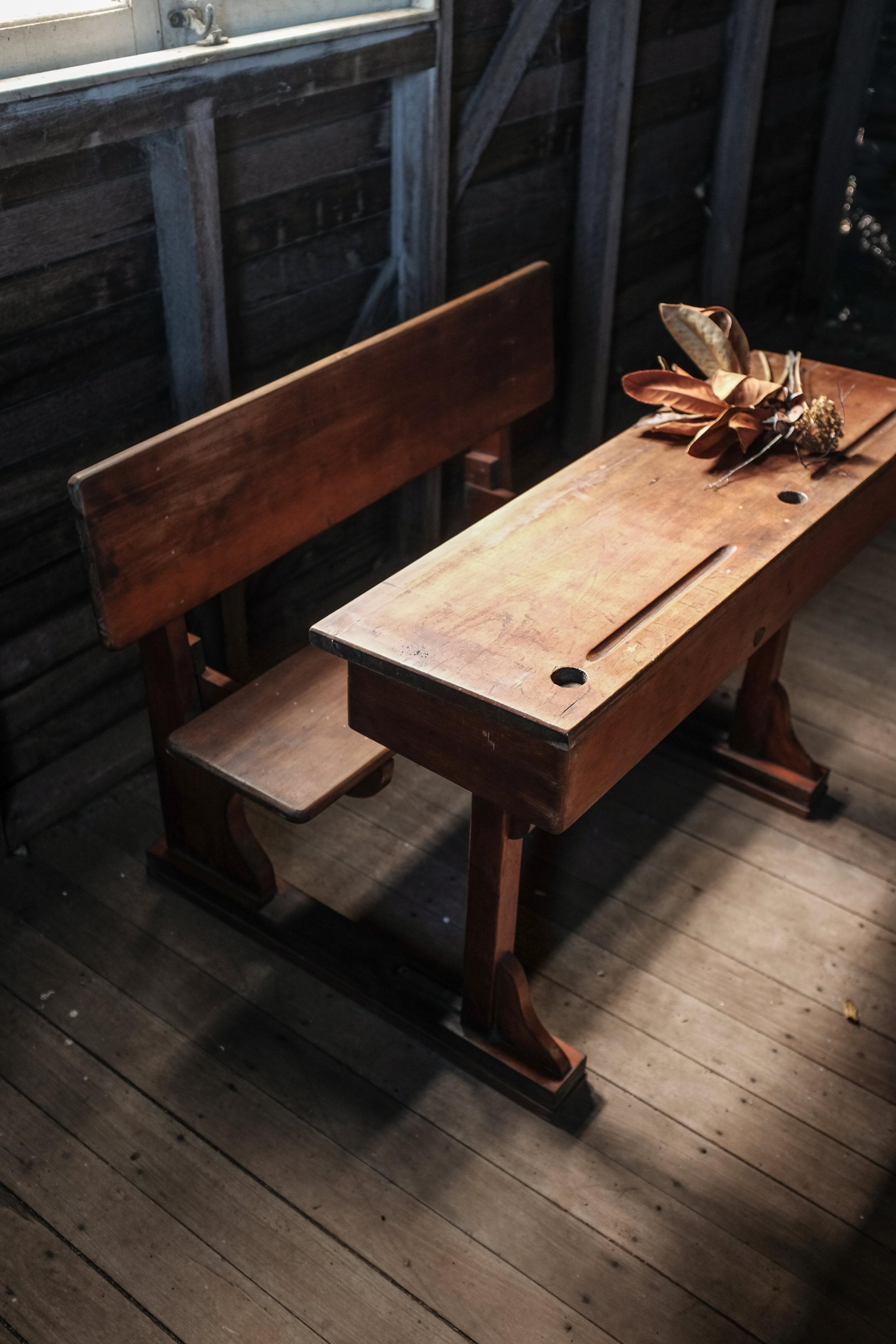 1880's school desk  (3 of 10).jpg