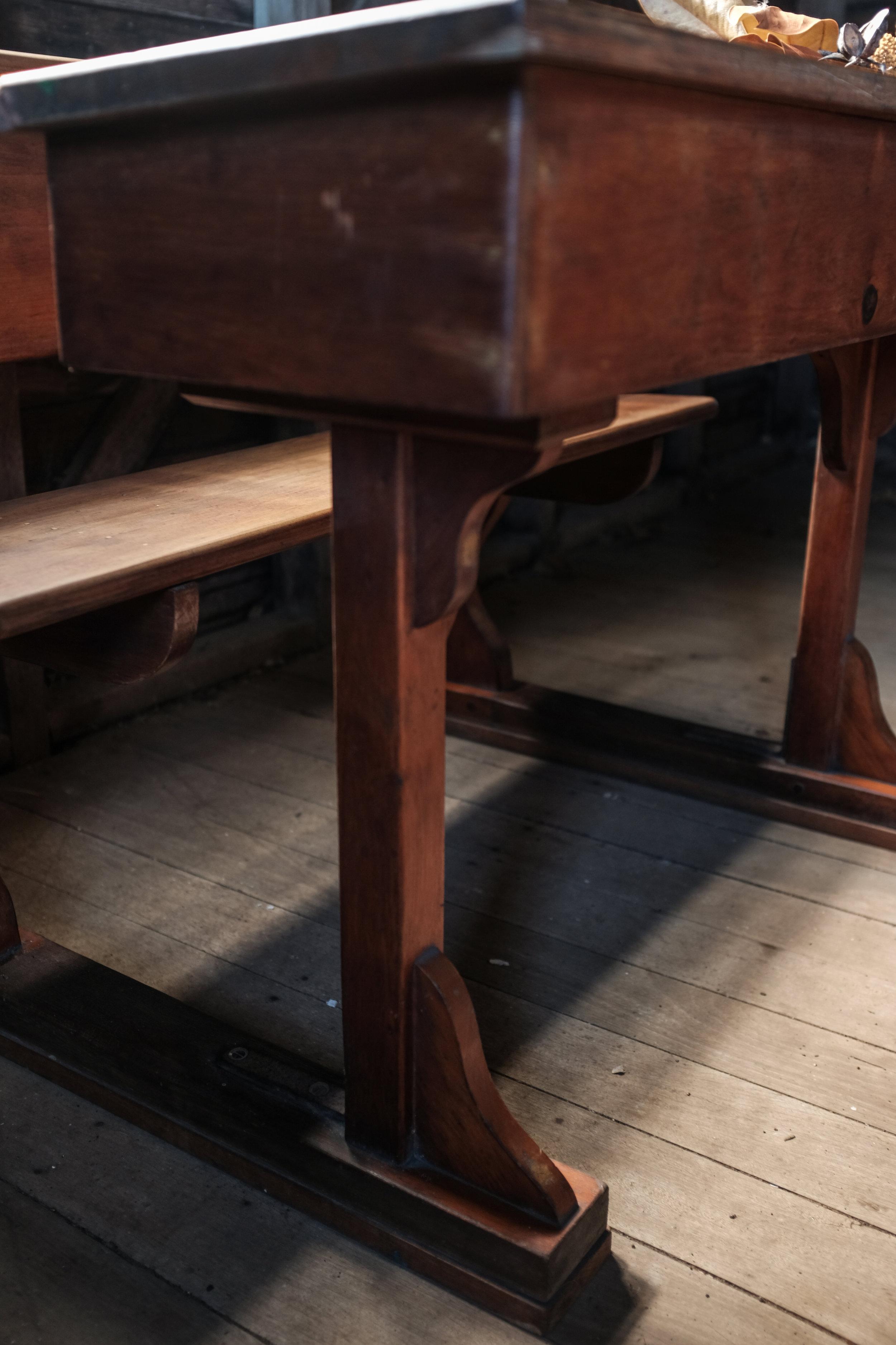 1880's school desk  (4 of 10).jpg