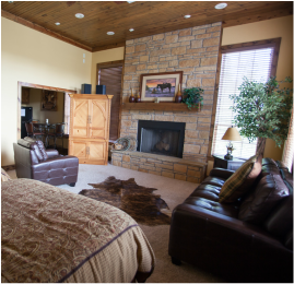 The Lariat   1 Bedroom, 1 Bathroom  CLICK TO BOOK & VIEW PHOTOS