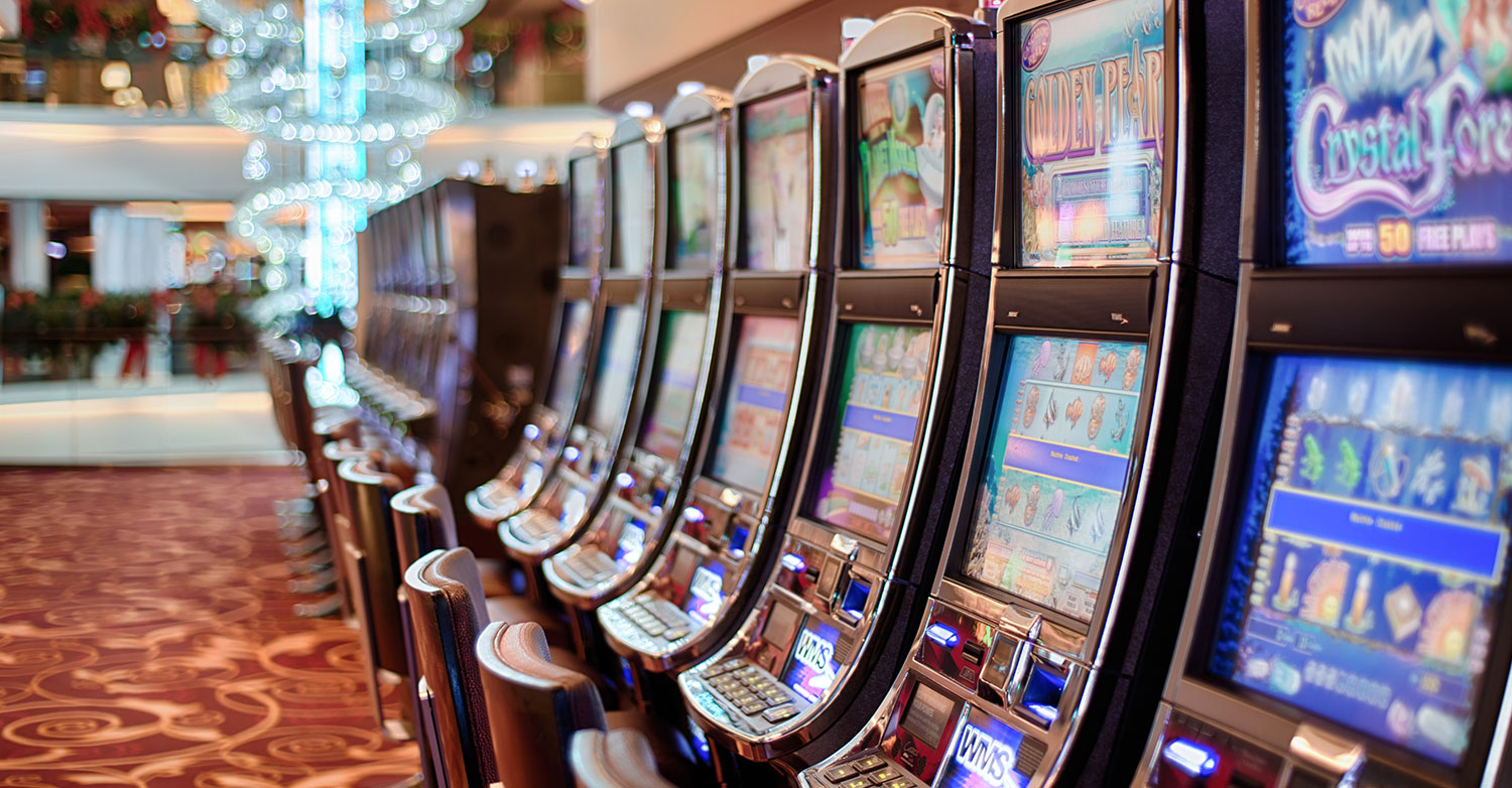 casino-touch-screen-curved-optical-bonded-resized-gaming.jpg