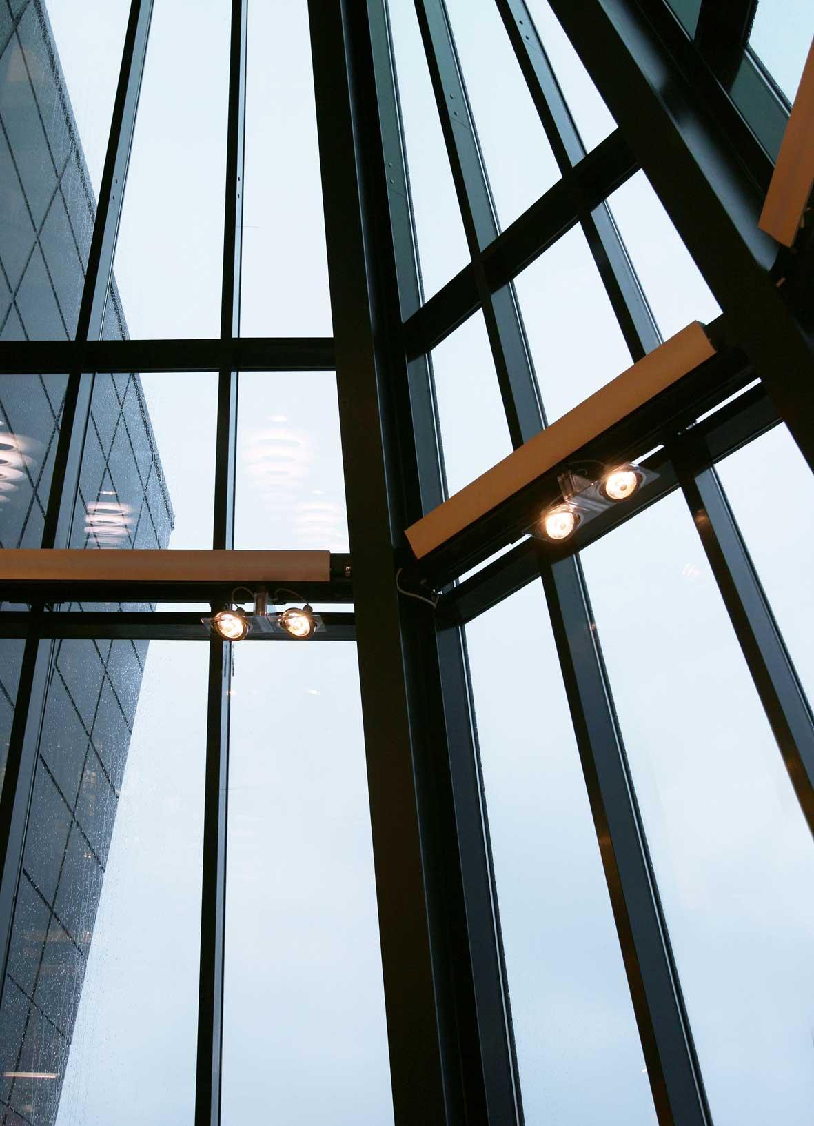 Decobygget_vinduer_næringsbygg_arkitekt_kolstø.jpg