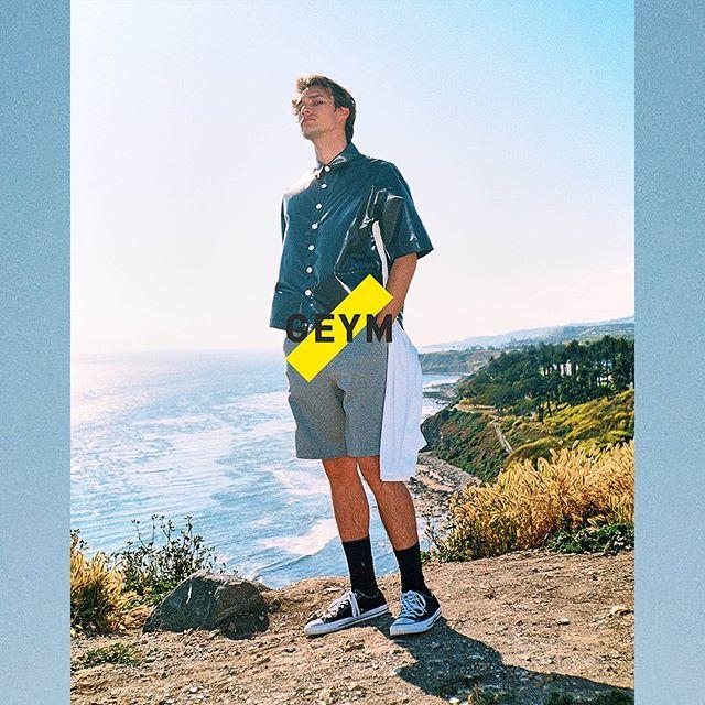 ☀️GEYM SS19 ☀️ Shop online. Link in bio. #GoEastYoungMan . . . . . #GEYM#Lookbook#MensFashion#Menswear#MensStyle#Style#StreetStyle#Streetwear#StreetFashion#InstaStyle#InstaFashion#Fashionista#StyleInspo#OOTD#OutfitoftheDay#Parisien