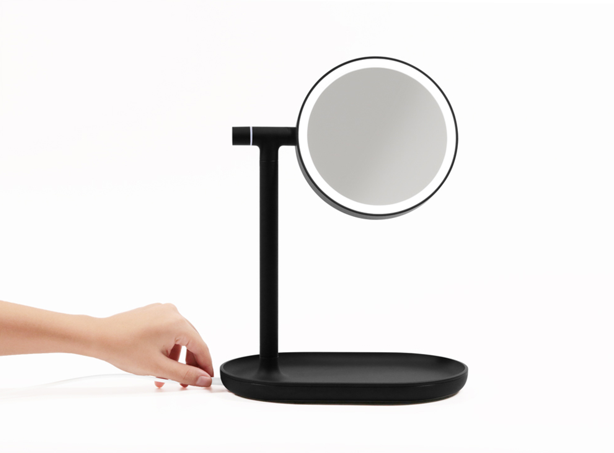 CADABBRA.COM.AU_#25_Design_Stuff_Beauty_Mirror.png
