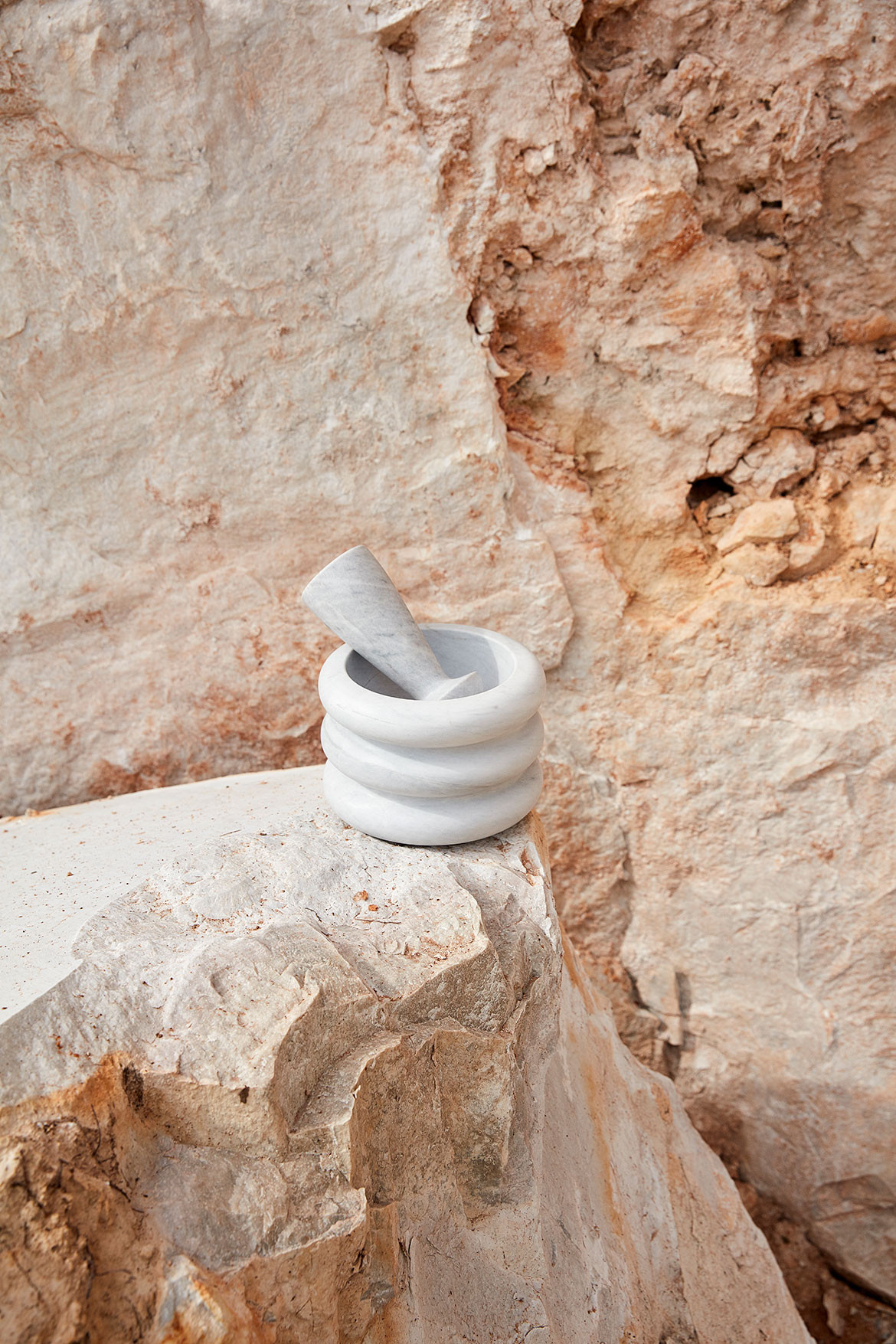 CADABBRA.COM.AU_#38_New_Volumes_Collection_Artedomus_Mortar_and_Pestle.jpg