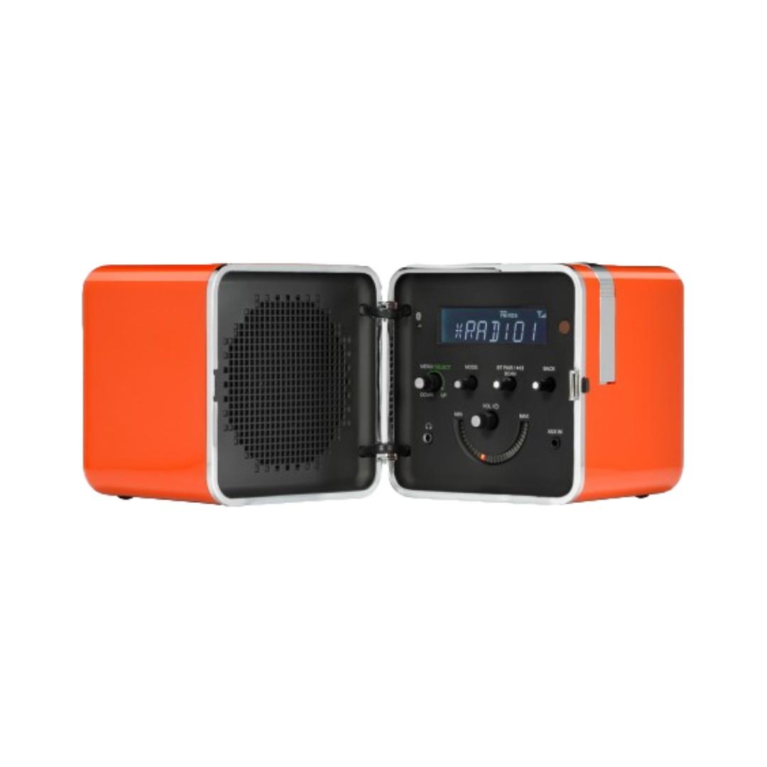 Radio Cubo   LIVING EDGE