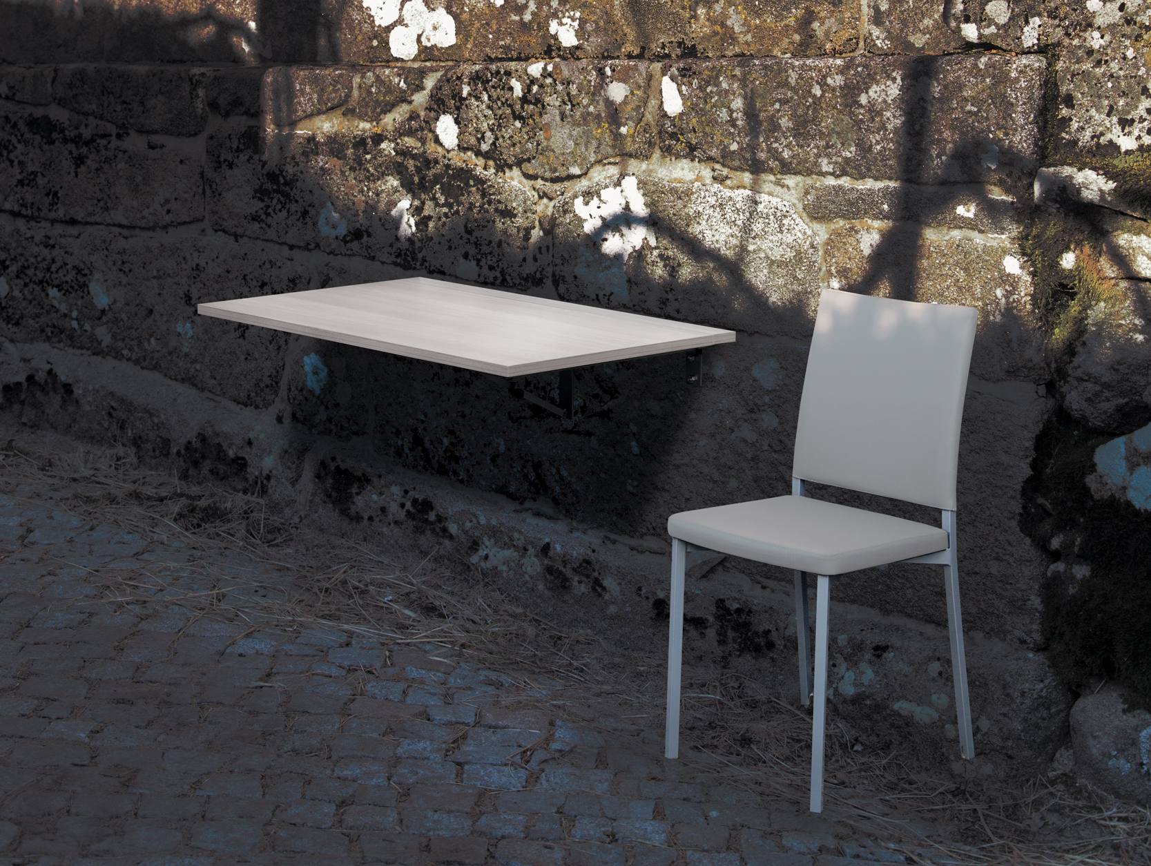 "Herbal - Versatility in its maximum exponent. A kitchen table, one backup table, a balcony, and another no ending of possible utilizations, for a table where it also shines the beauty of the ""Olmo"", ""Hera"" or ""Marmol"" finishing."