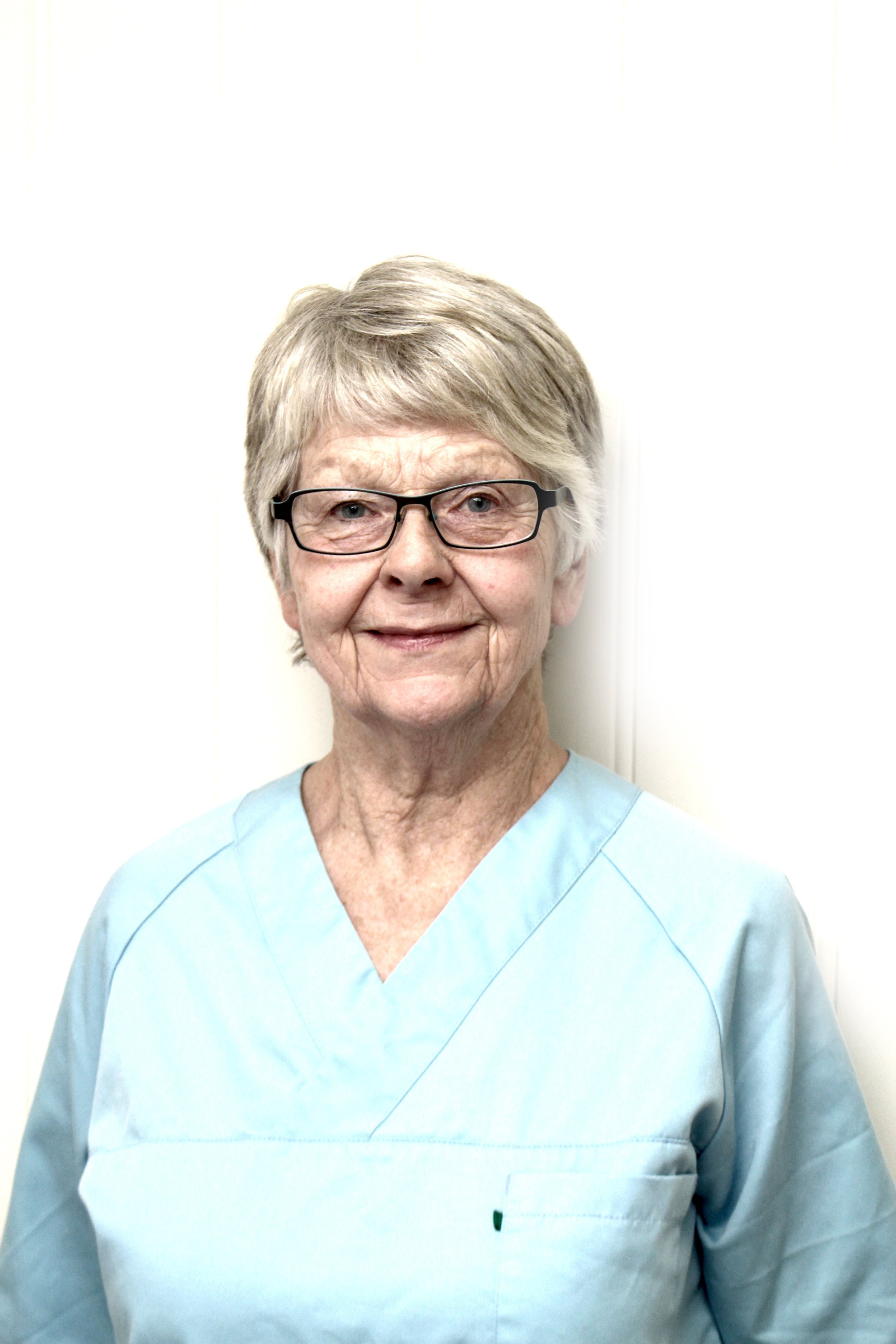 Regnskapsfører Gerd Godøy   Gerd er vår regnskapsfører og er innom kontoret ca. 2 ggr i mnd. Da sitter hun også i resepsjonen og hjelper til med telefonen.