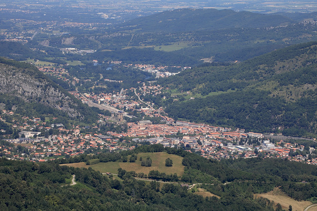 Foix from Prat d'Albis by  gasdub . Licenced through  creative commons