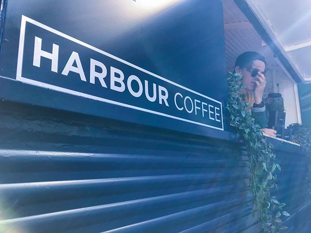 ~ GREAT SOUTH RUN ~ 🏃♂️🏃♀️ On Sunday we will be at St George's square serving the runners and their supporters with well and truly needed coffee!  Run down to us if you're feeling thirsty and in need of a boost! 😋☕️⚡️ ____________ #freecoffee #portsmouth #greatsouthrun @great_run #coffee #gunwharf