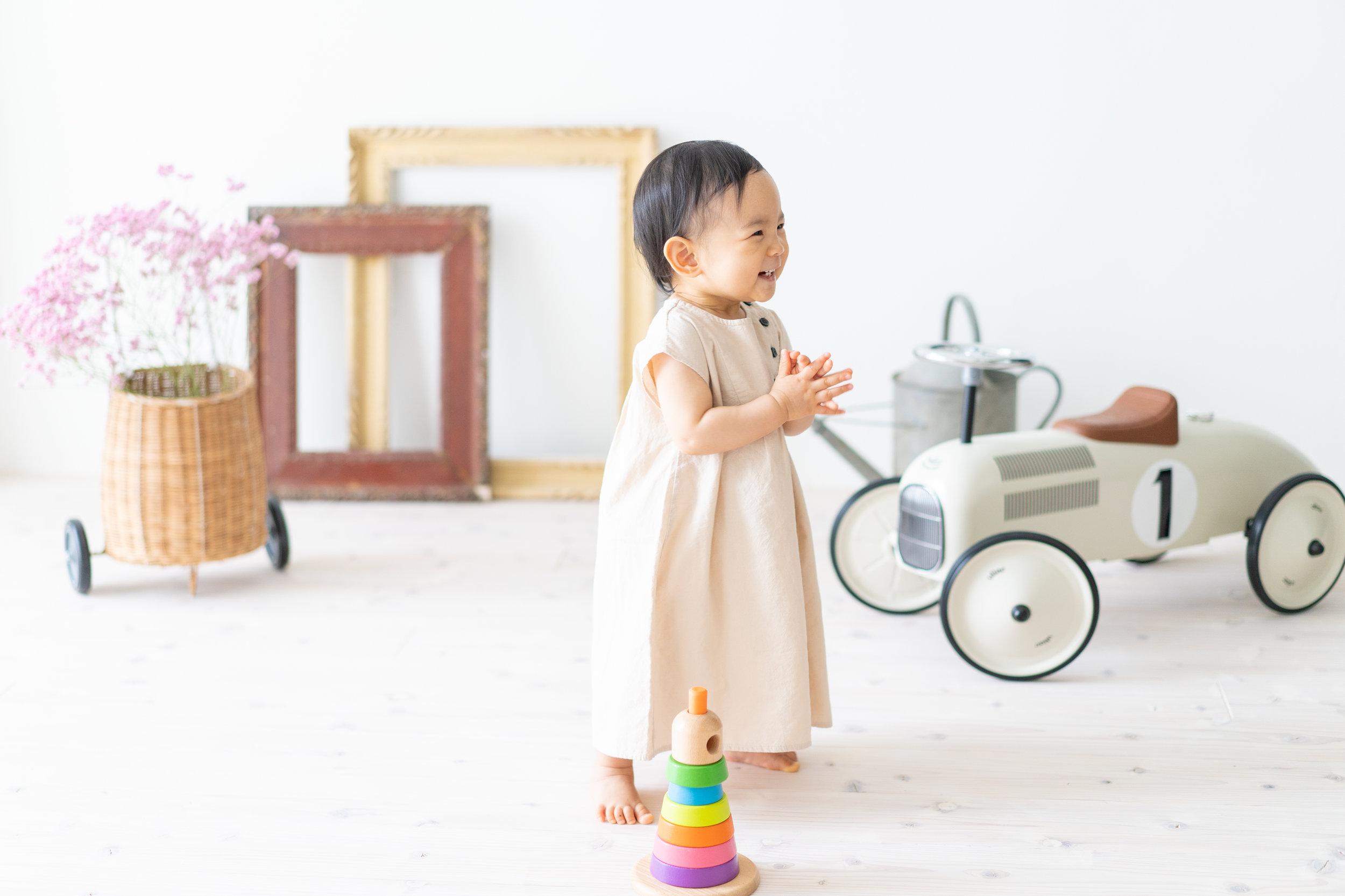 Natural Light Studio - 福岡のシンプルでナチュラルな子供スタジオ / 写真館