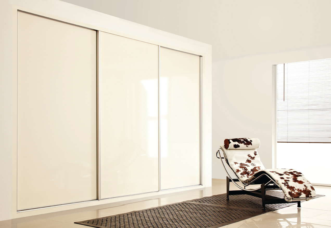 Sliding_Wardrobe_CreamHS_1_low-res.jpg