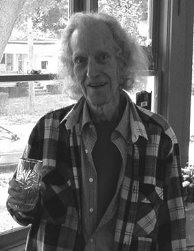 Robert F. Butts, 2001, in seinem Haus in Sayre.