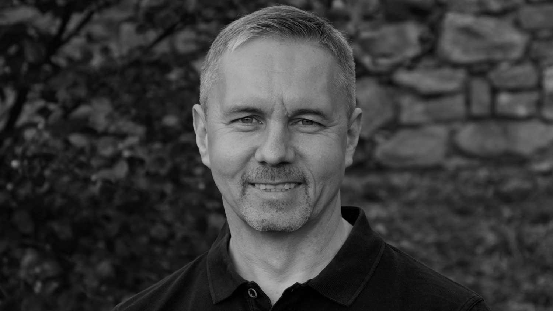 - Maurizio Vogrig, Gründungspartner & Chief Publisher bei der smartmyway ag, Verlagsmitgründer und Übersetzer.