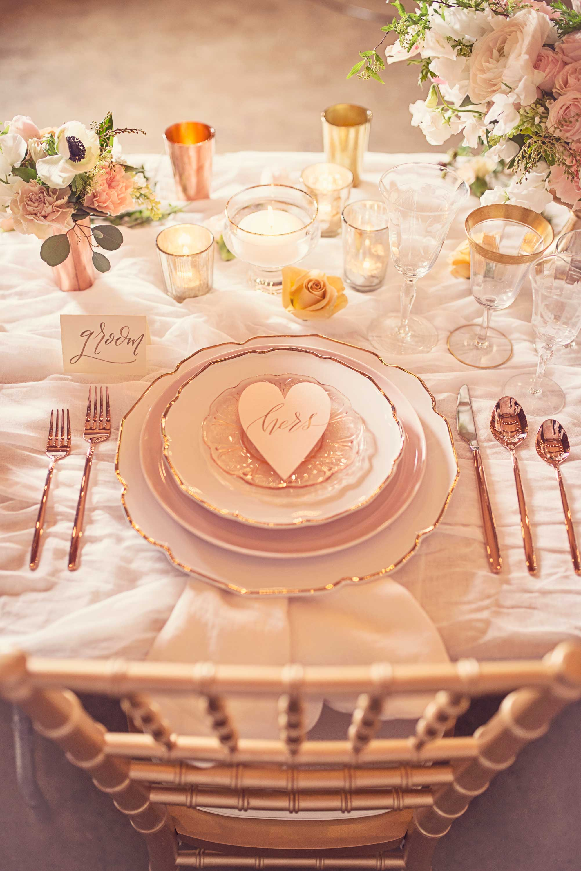 Sweet Blush Wedding - Fantastic copper details, an elegant wedding dress, vintage furniture sets, flourishingly beautiful calligraphy signs